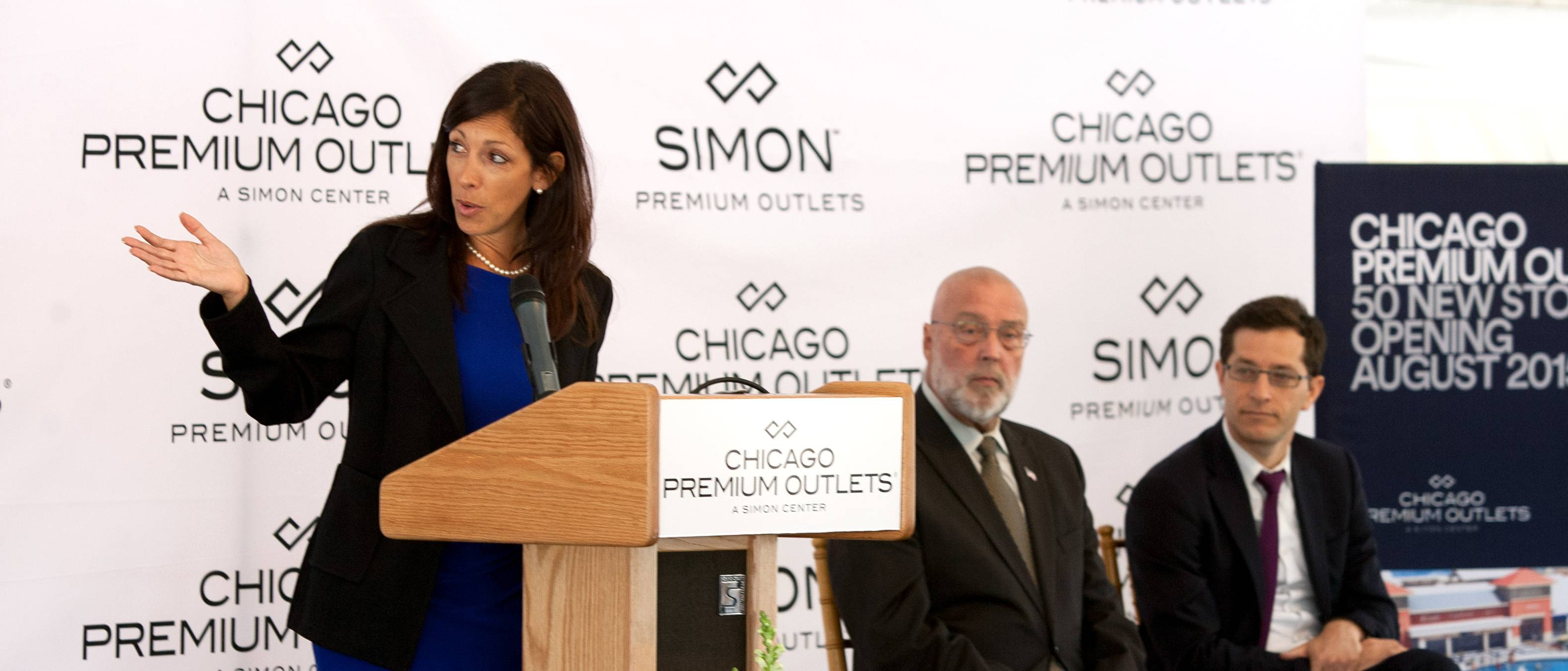 Danielle De Vita, senior vice president of development and acquisitions for Simon Premium Outlets, explains the company's plans to build 50 more stores in a 290,000-square-foot addition to Chicago Premium Outlets in Aurora.