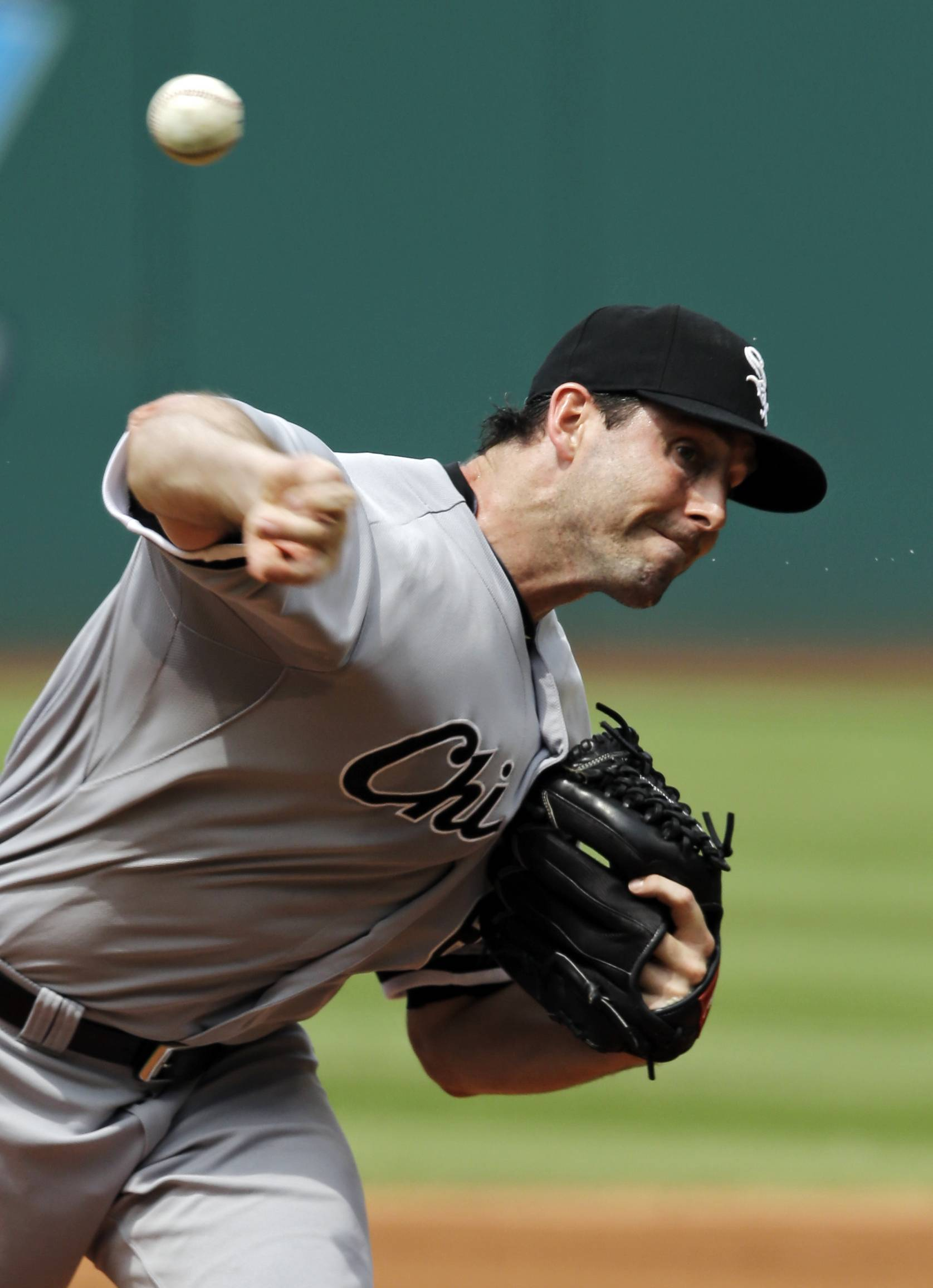 White Sox pitcher Scott Carroll is part of the back end of the team's rotation that has combined for a 6.18 ERA.