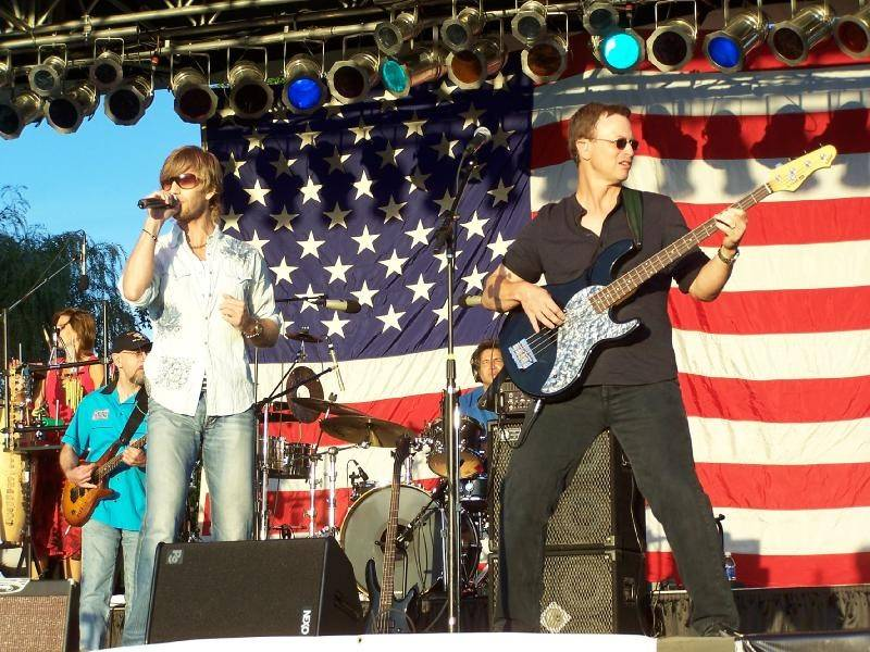 Rockin' for the Troops festivities will begin at noon Saturday at Cantigny Park in Wheaton with headliner Gary Sinise and his Lt. Dan Band closing the show.