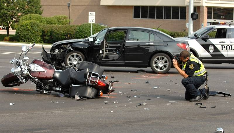 Witness praised for possibly saving man's life in West Dundee crash