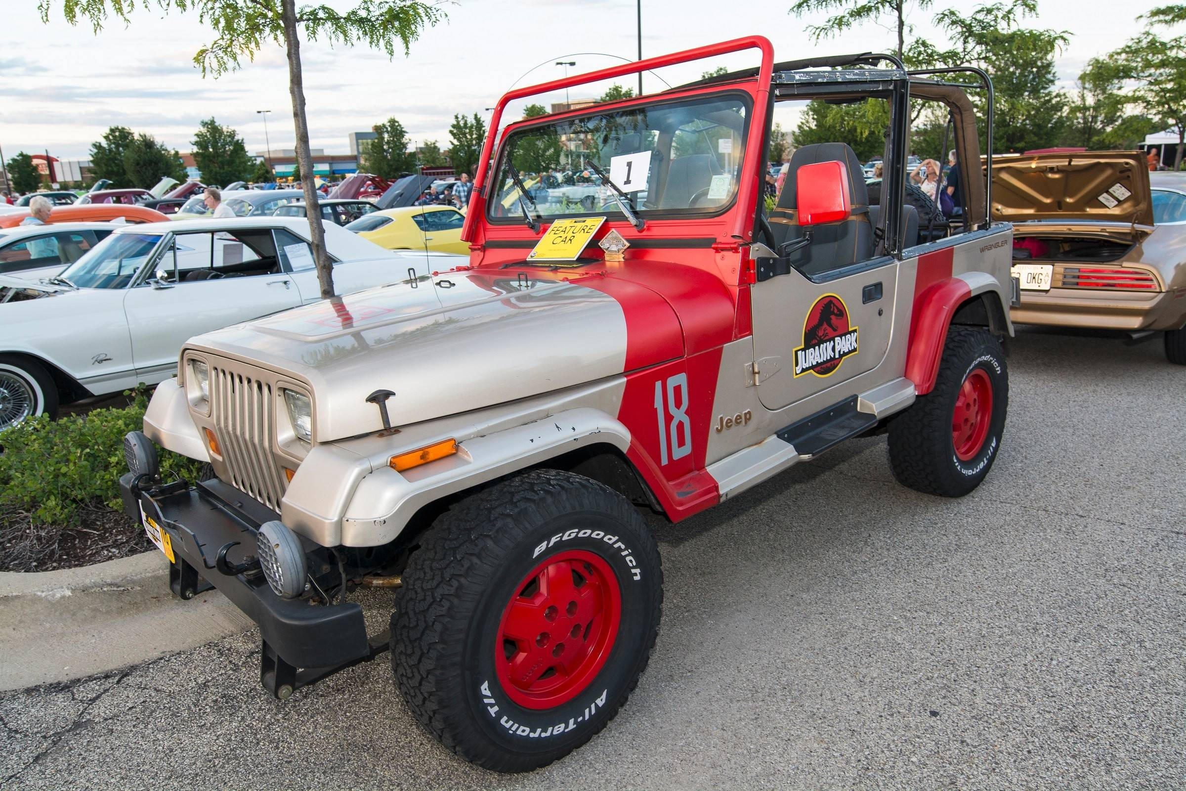 "Bob Hattenhauer of Des Plaines cobbled together three Jeeps to make his 1994 ""Jurassic Park"" Wrangler replica, which earned Fan Favorite in crowd voting."