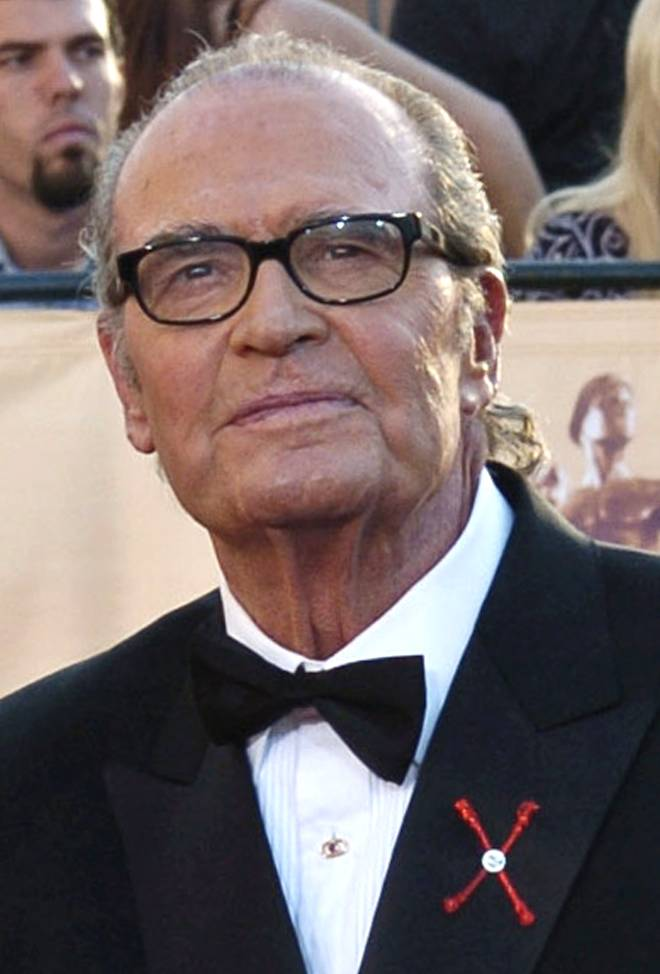 "In this Feb.  5, 2005 file photo, James Garner, arrives for the 11th annual Screen Actors Guild Awards in Los Angeles. Actor James Garner, wisecracking star of TV's ""Maverick"" who went on to a long career on both small and big screen, died Saturday July 19, 2014 according to Los angeles police. He was 86."