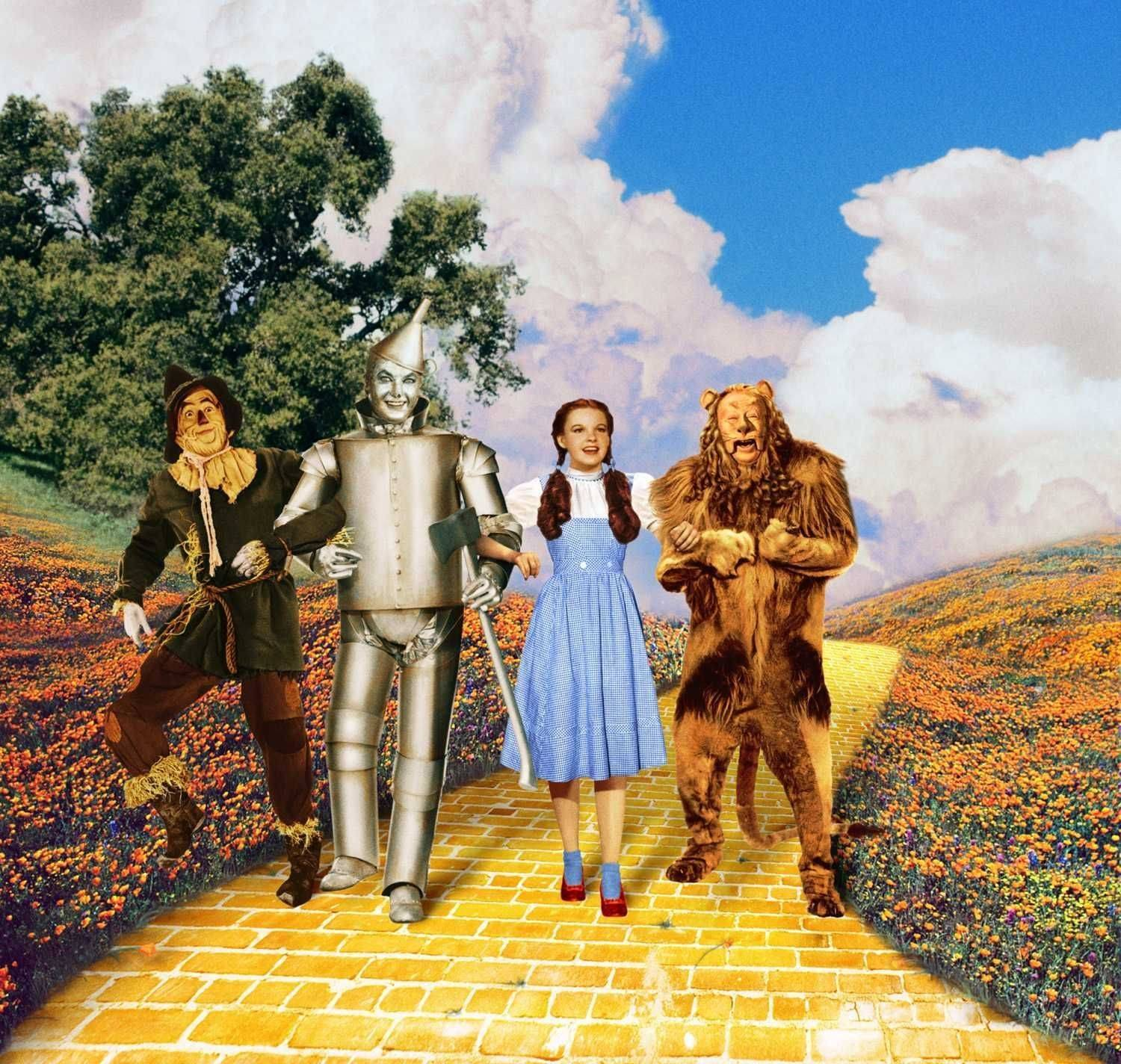 "For the 75th anniversary of the classic 1939 film ""The Wizard of Oz,"" Arlington Heights author David J. Hogan has written the definitive ""The Wizard of Oz FAQ."""