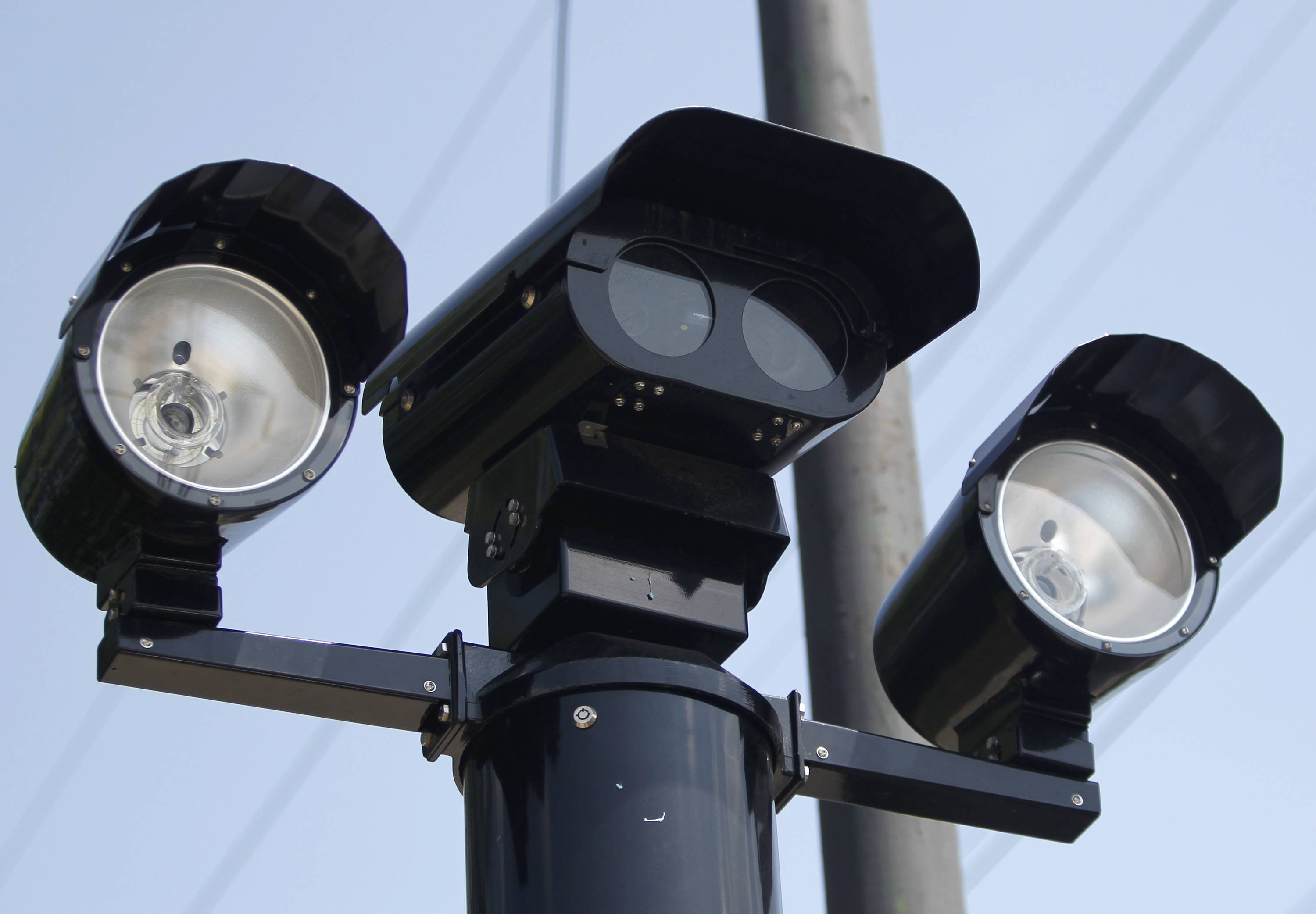 Chicago Mayor Rahm Emanuel said steps will be taken to determine if anyone fined for receiving red-light camera tickets deserve their money back after an unexplained spike in citations given out to drivers.