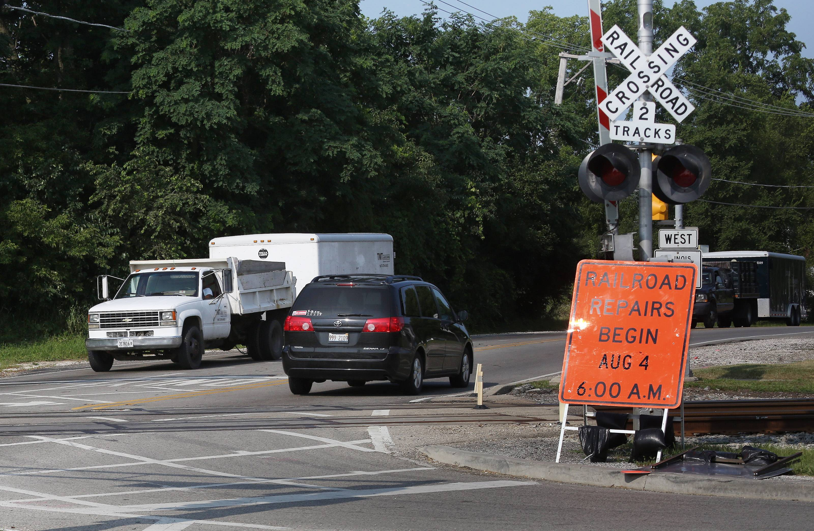 Grayslake officials don't expect major headaches when Route 120 west of Route 83 closes for 10 days beginning Monday for railroad crossing repairs, but travel is expected to be disrupted.