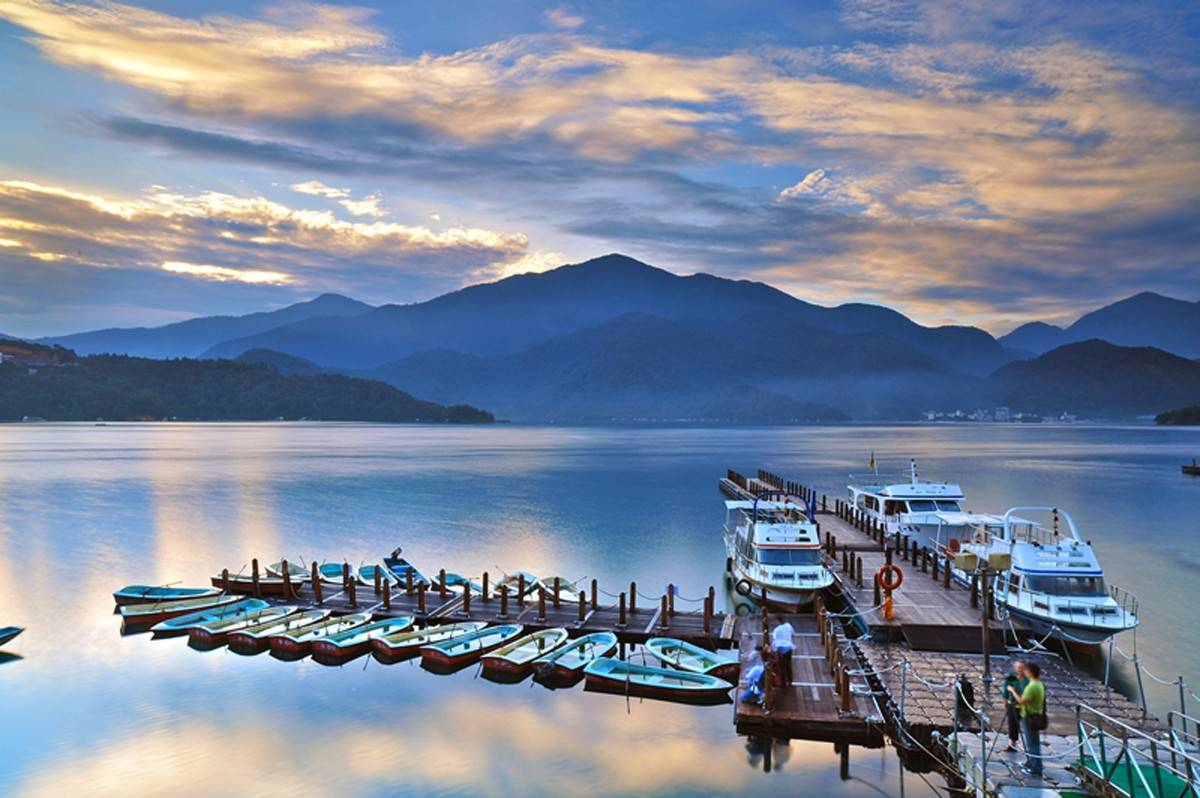 "Beautiful Sun Moon Lake, in Nantou County, is a local tourist attraction. The photo by Chang Hsiu-huang will be on display at the Bartlett Village Hall Art Gallery through Aug. 30, part of the ""Light and Shadow"" exhibit on loan from the Taipel Economic and Cultural Office in Chicago."