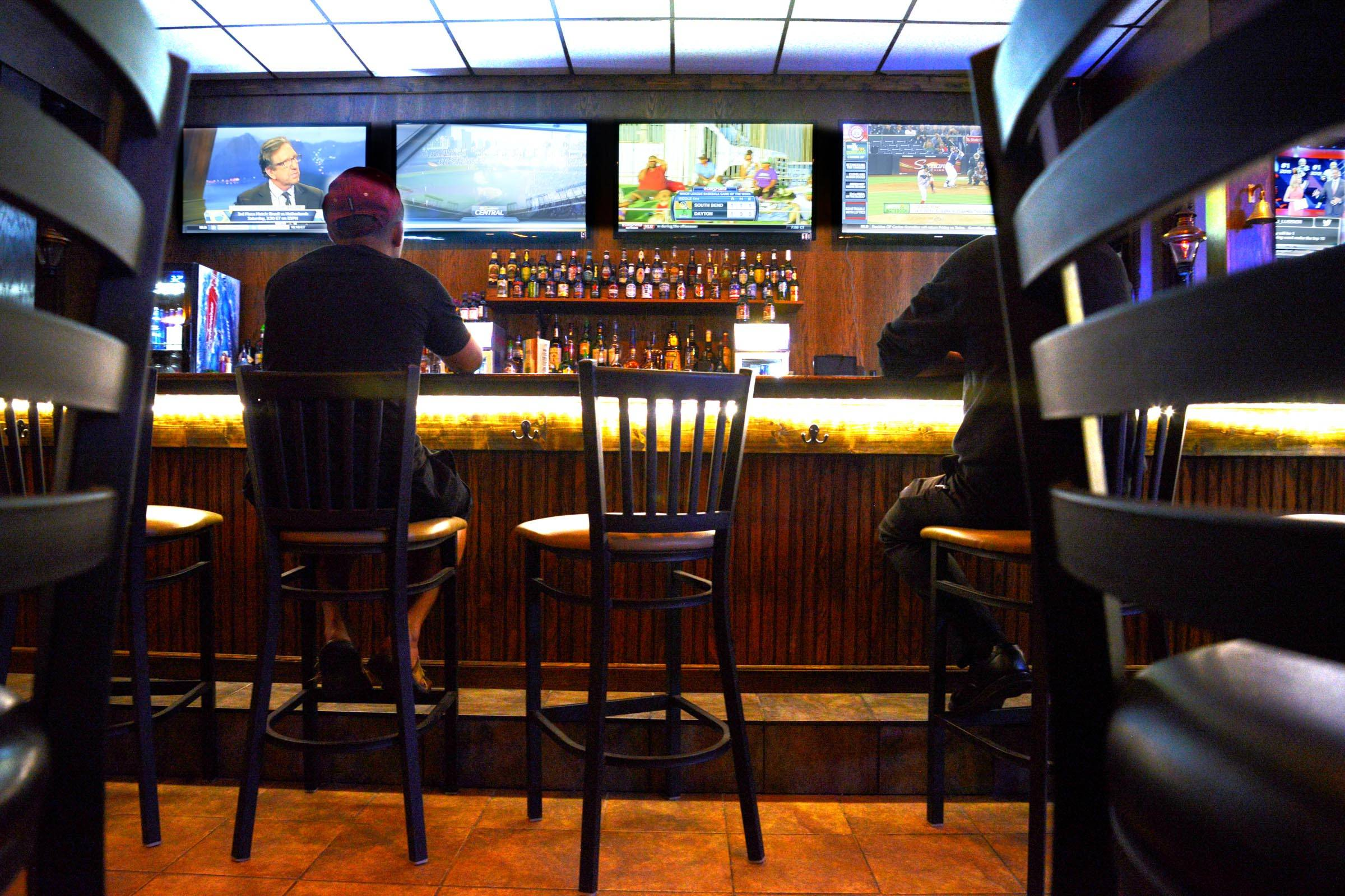 Brody's Irish Pub in Aurora caters to sports fans who want to watch the game at a neighborhood bar.