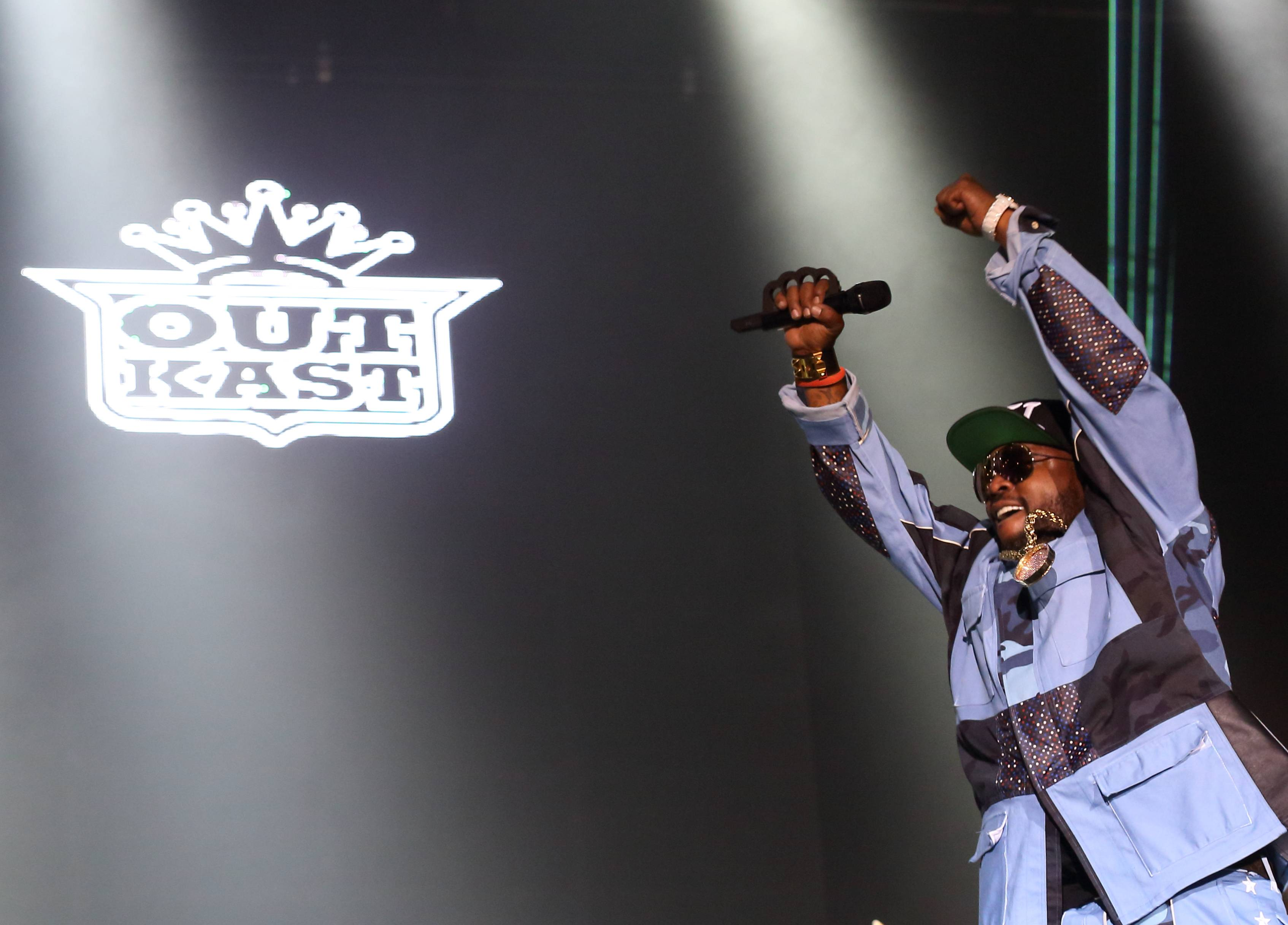 Big Boi of Outkast perform Saturday at Lollapalooza in Chicago's Grant Park.