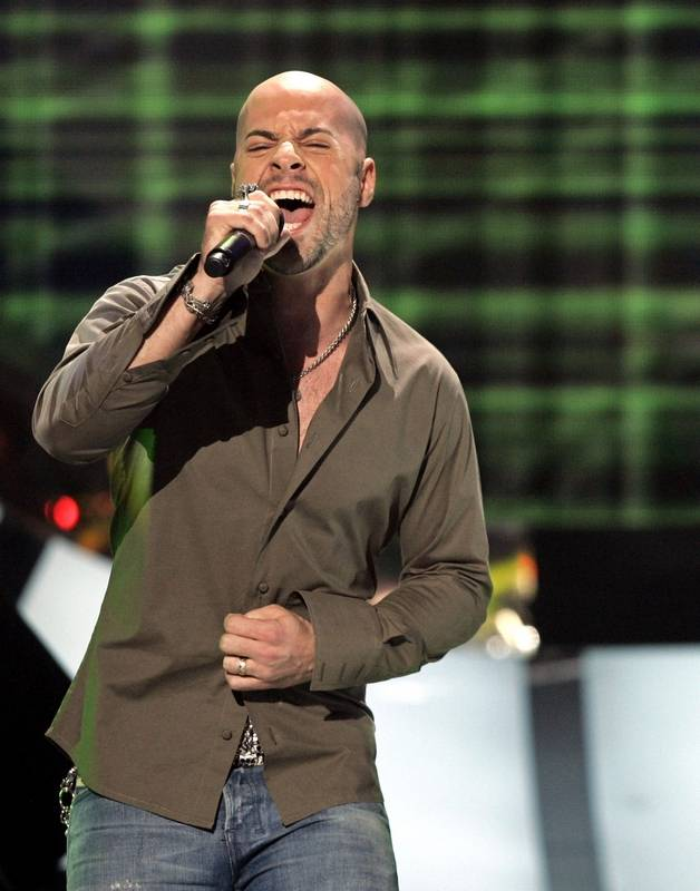 Associated PressDaughtry performs on the same bill with the Goo Goo Dolls and Plain White T's at FirstMerit Bank Pavilion in Chicago on Sunday, Aug. 10.