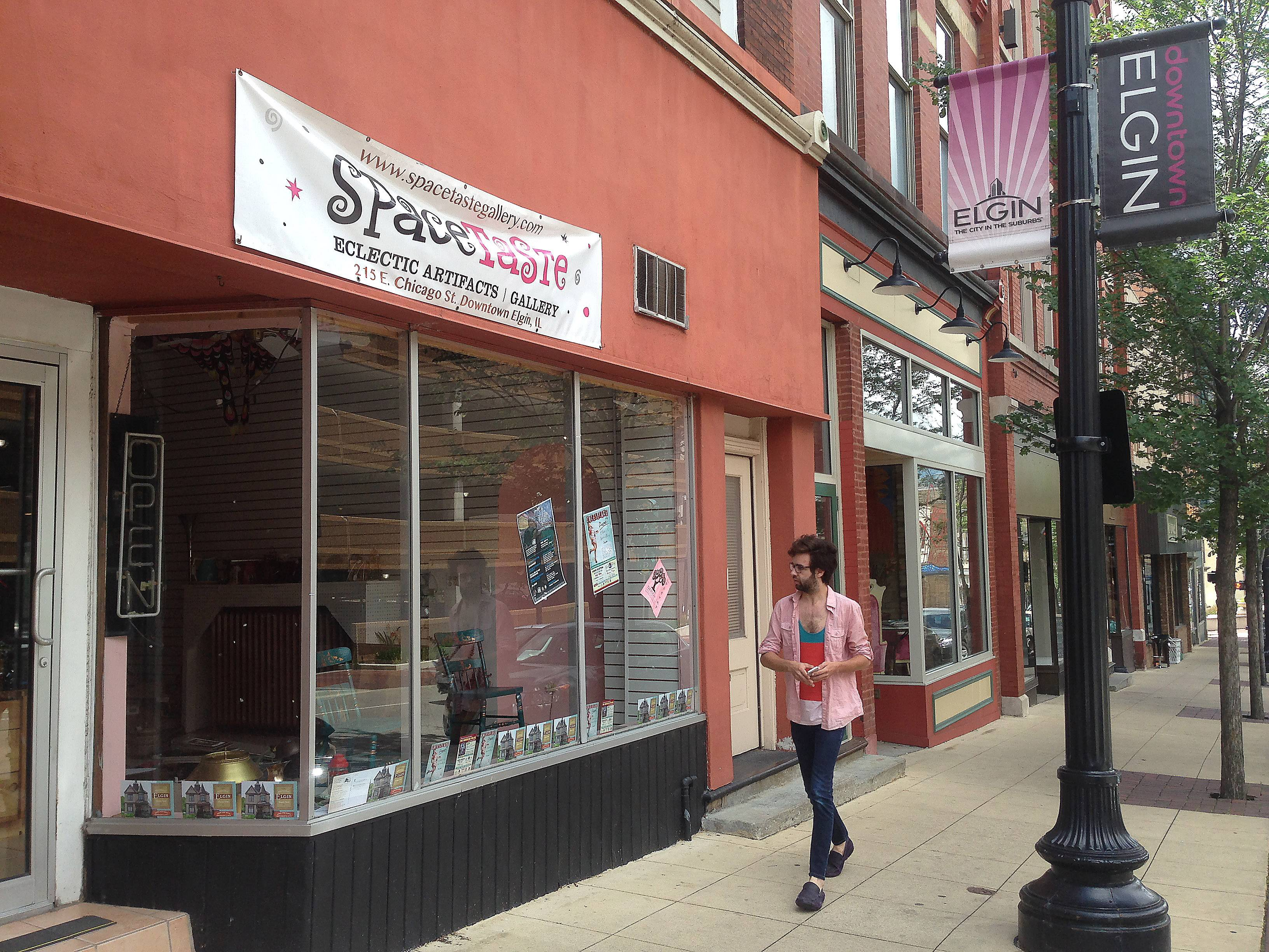Spacetaste Gallery has moved out of 215 E. Chicago St. in downtown Elgin and will be replaced by Mr. Cheaps Mattress, now at 213 Walnut Ave. in Elgin.