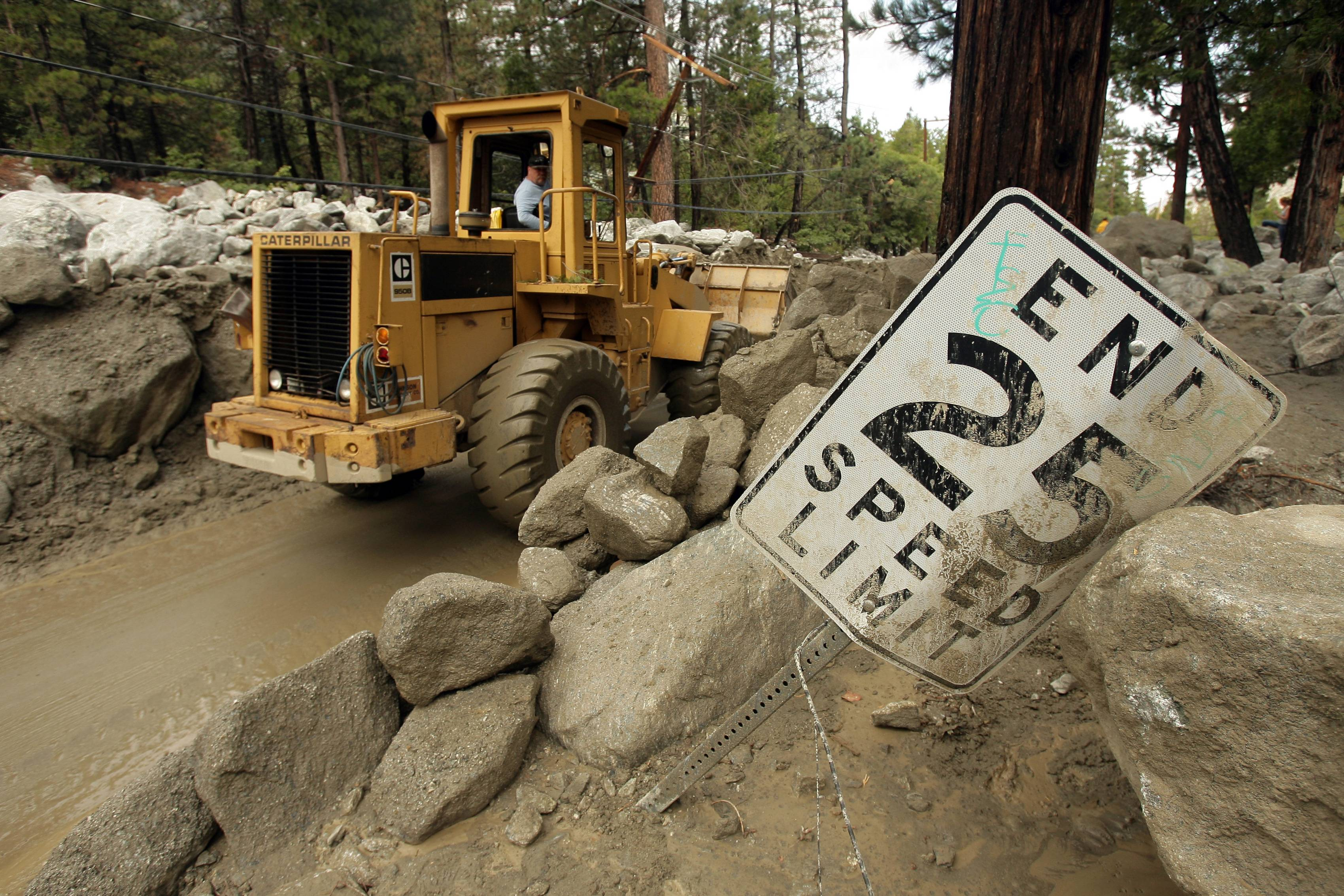 Cleanup begins in aftermath of California floods