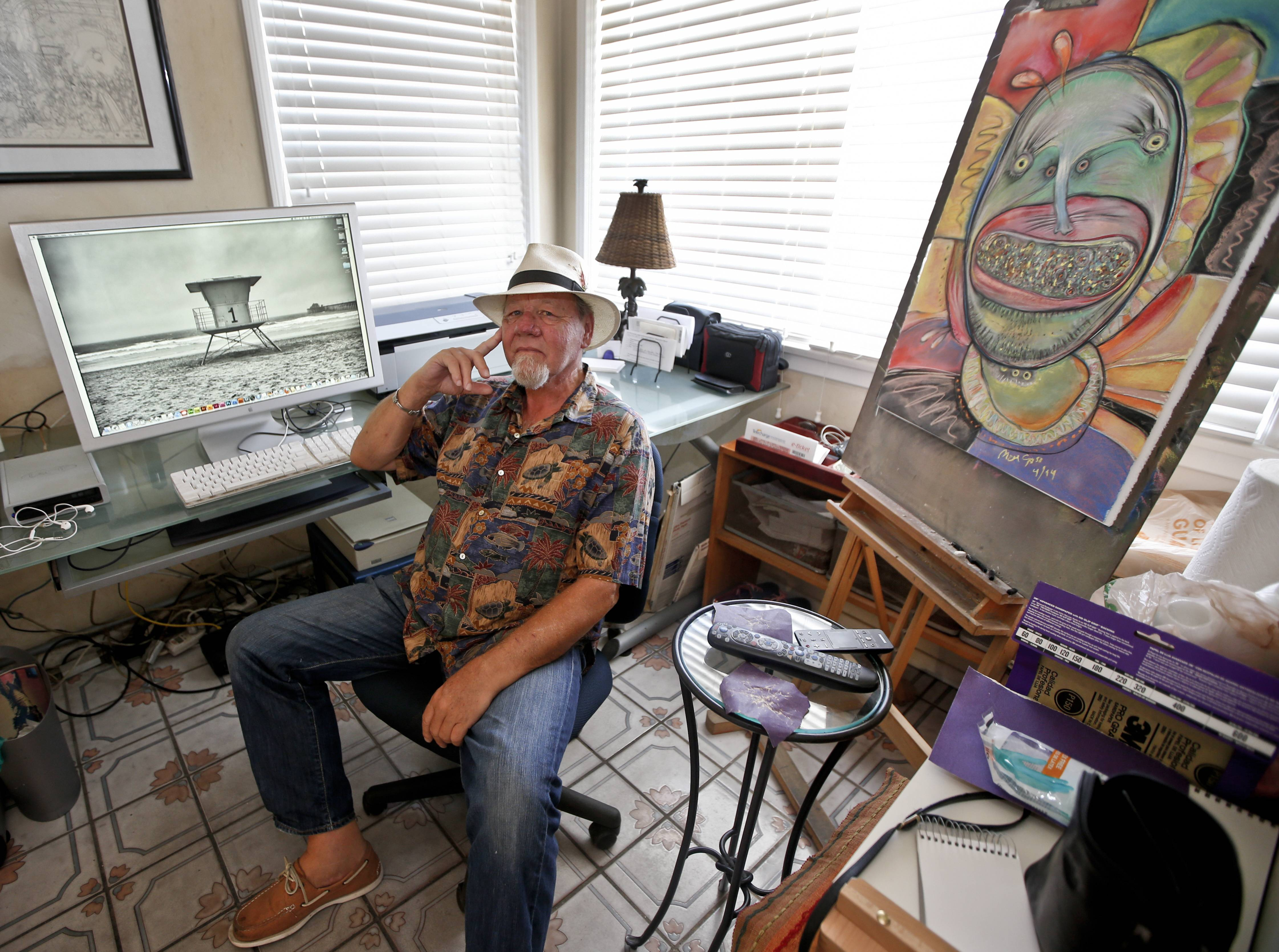 Artist Michael Gross, who is battling cancer, has decided to use his and the work of other artists to raise money in his fight against cancer.