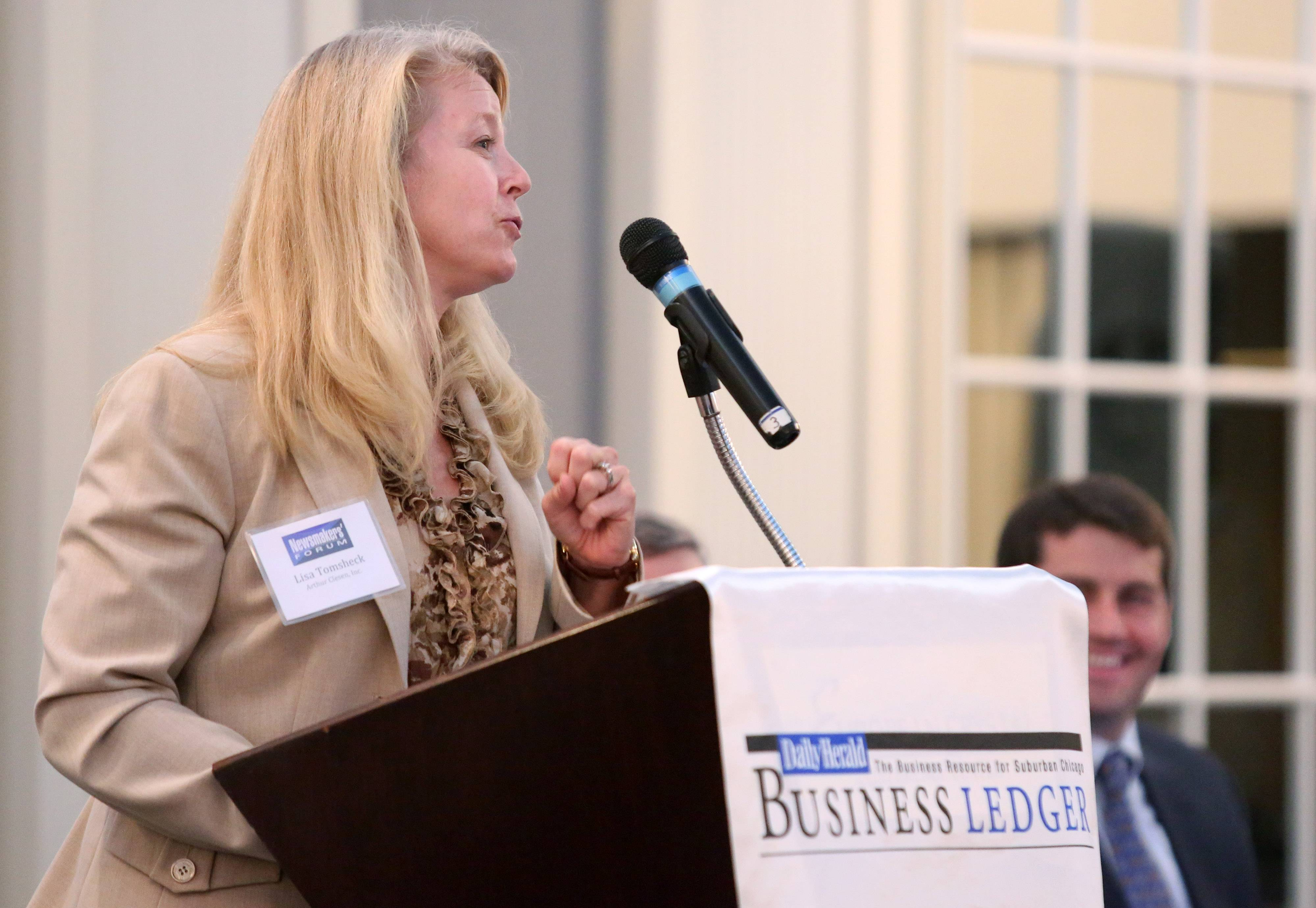 Lisa Tomsheck, president of Arthur Clesen, Inc, speaks at the Daily Herald Business Ledger Newsmakers' Forum on Family Business Thursday at European Crystal Banquets in Arlington Heights.