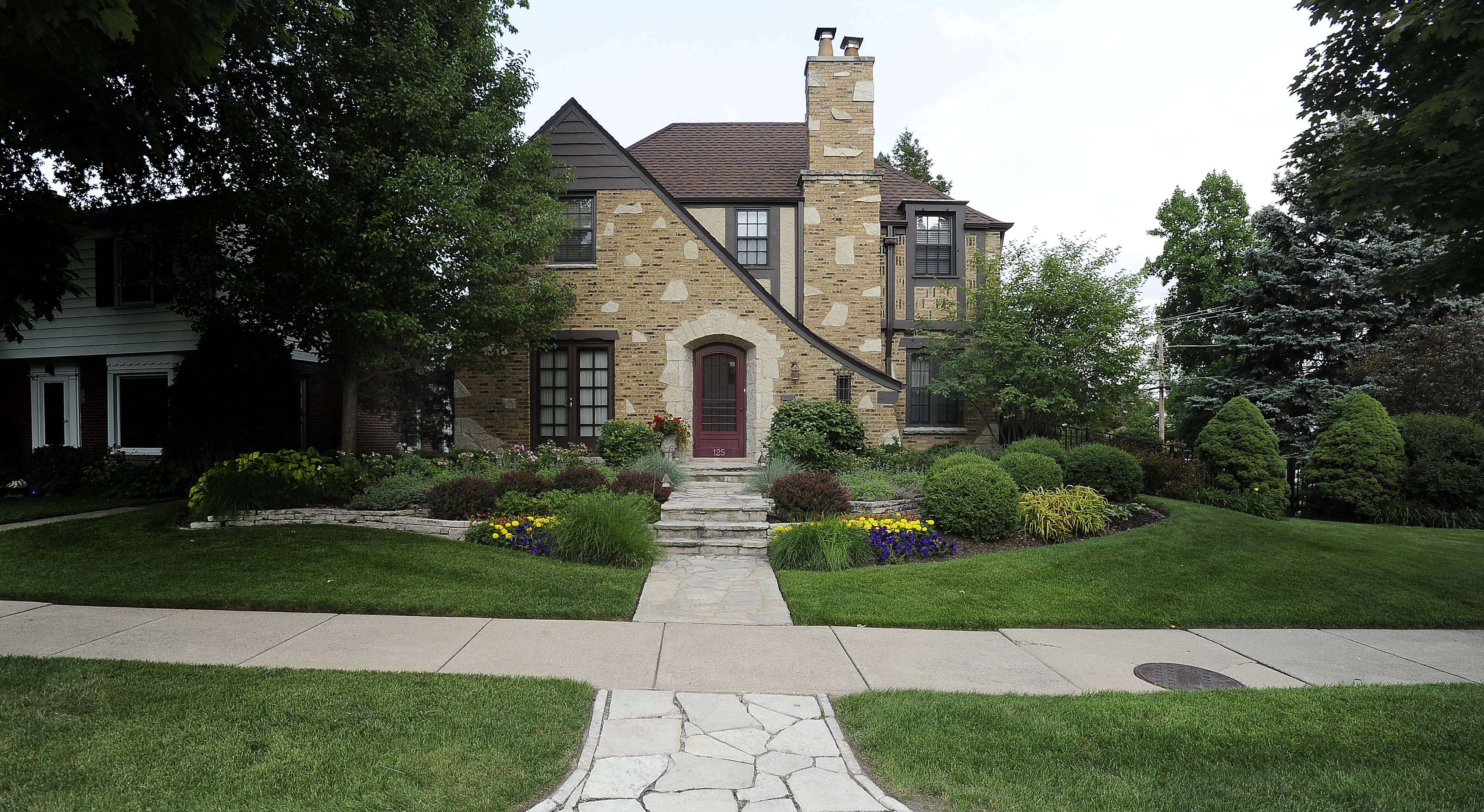 Stan and Barbara Hardwick's home at 125 Stratford Road in Des Plaines was the hands-down winner of the Best Curb Appeal challenge.