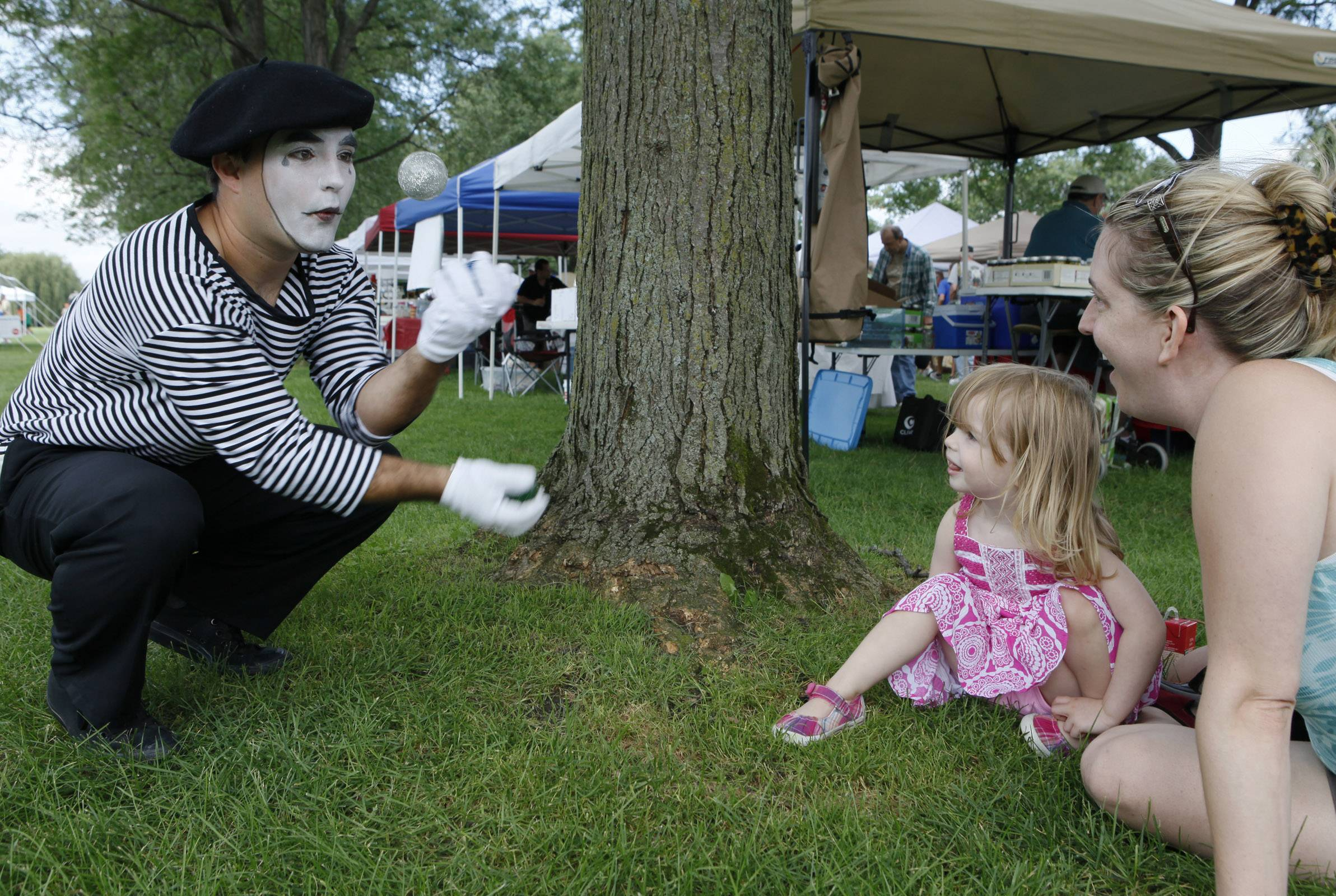 With mimes, music and more, Cantigny Park's French Connection Day highlights the culture of France, which played a big part in the life of founder Robert R. McCormick.