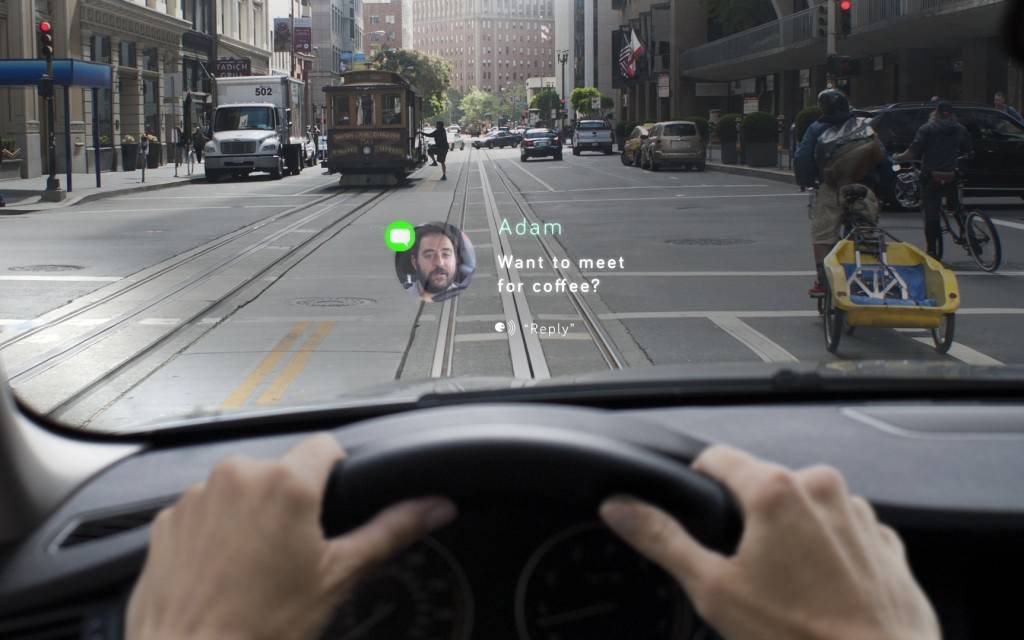 Navdy, a San Francisco-based startup, wants you to see incoming messages from your smartphone with eyes on the road.