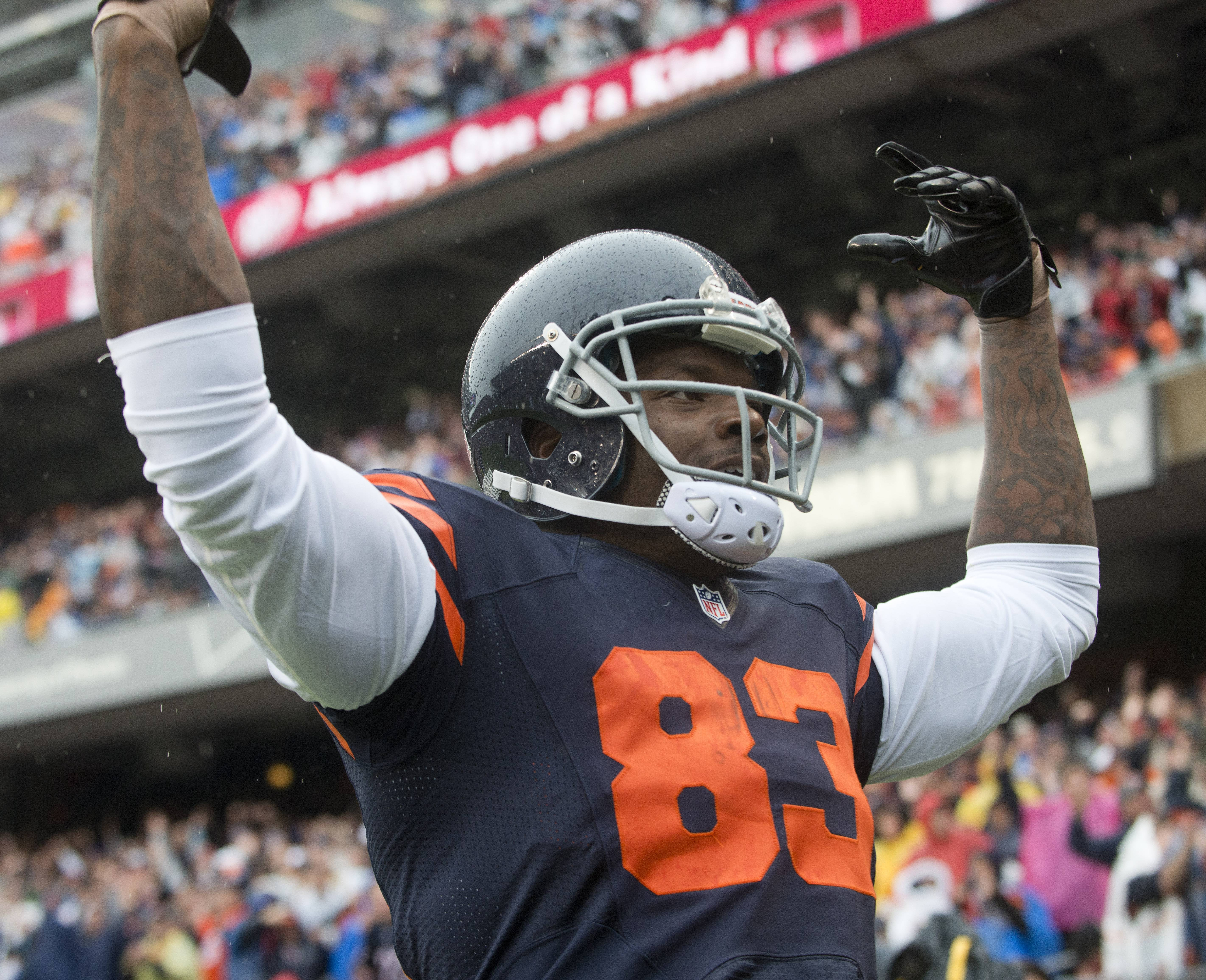 Tight end Martellus Bennett is back with the Bears, who suspended him last week. Bennett said he was greeted by his teammates with hugs and high-fives.