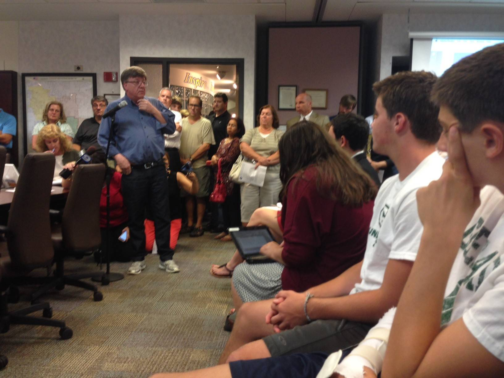 Parents pack Glenbard meeting over athlete suspensions