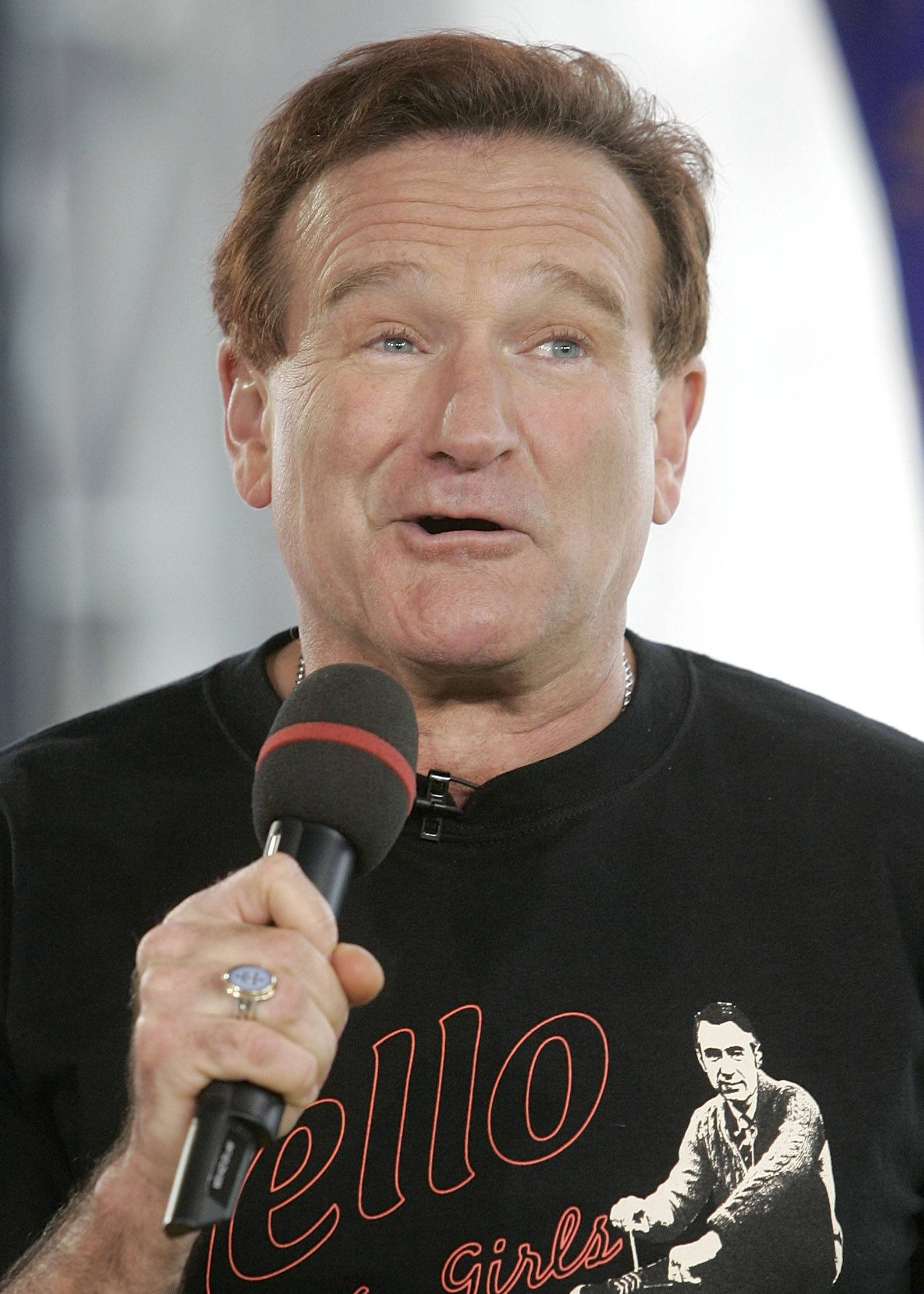"Comedian and actor Robin Williams appears on MTV's ""Total Request Live,"" in this April 27, 2006 file photo at MTV studios in New York."