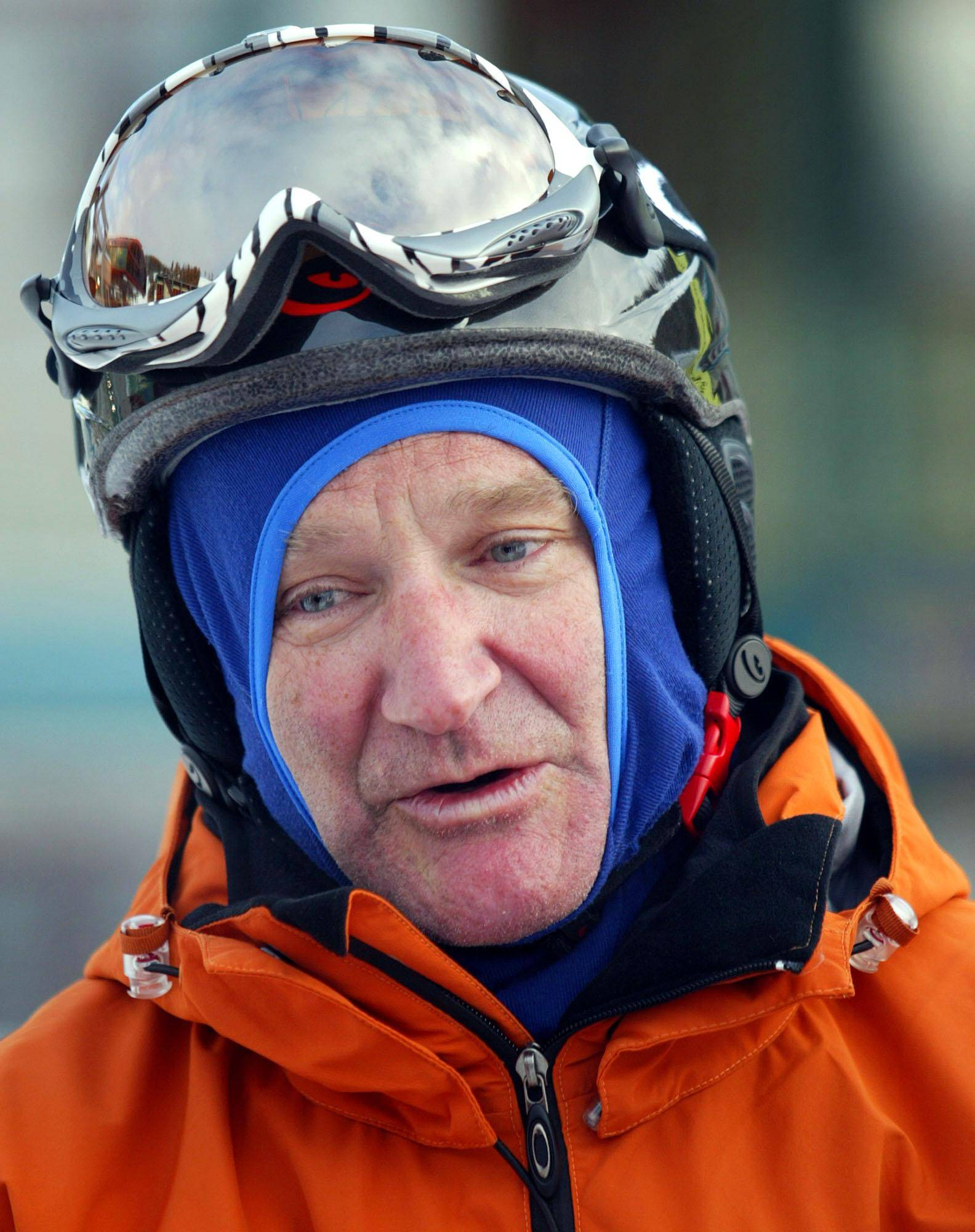 Actor Robin Williams sports a helmet and goggles as he arrives at a ski resort in Banff, Alberta, Friday, Jan. 9, 2004. Williams and other stars are in Banff as part of the Fairmont Banff Springs Sports Invitational benefiting the Waterkeepers Alliance.