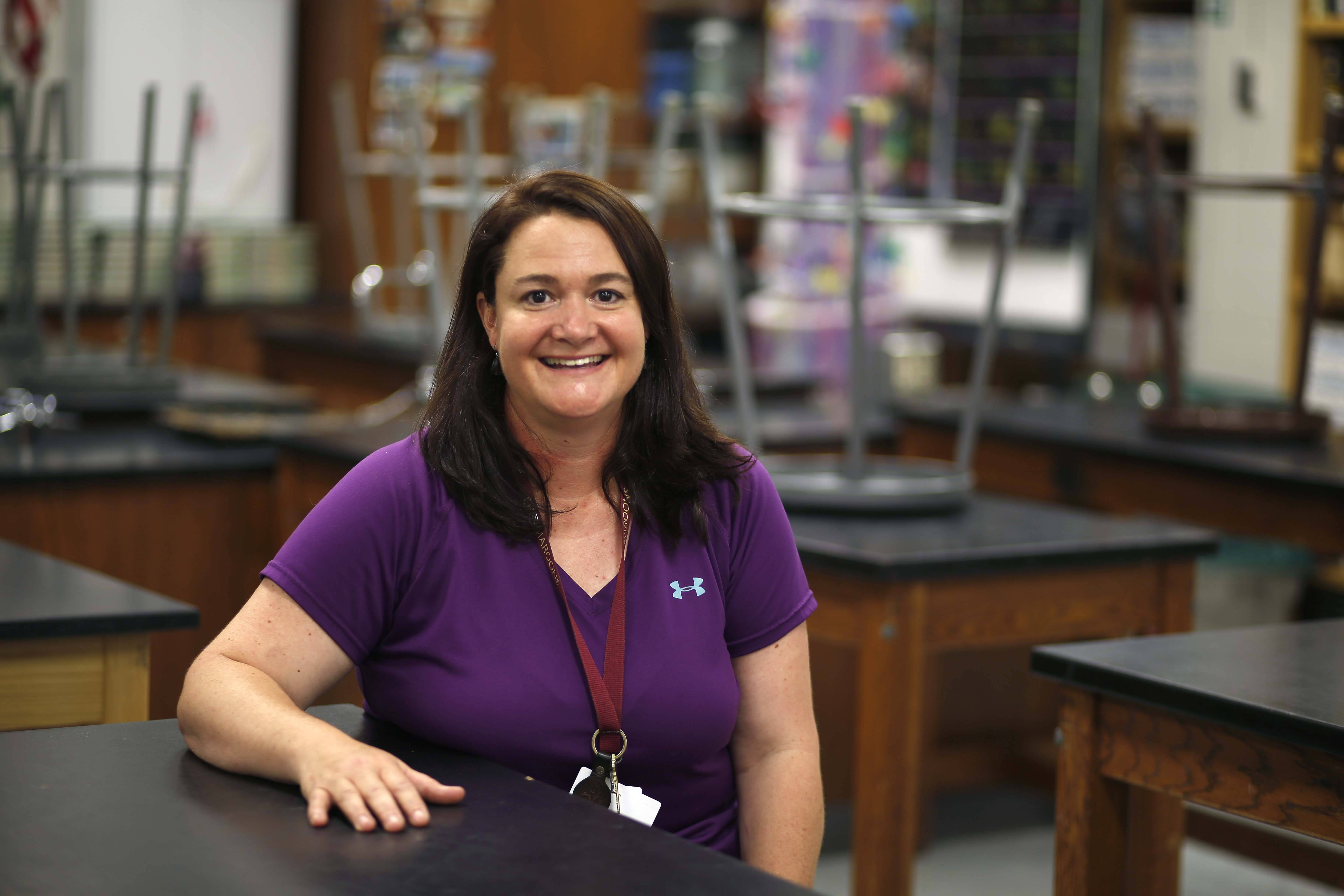 Elgin science teacher uses nature to engage students