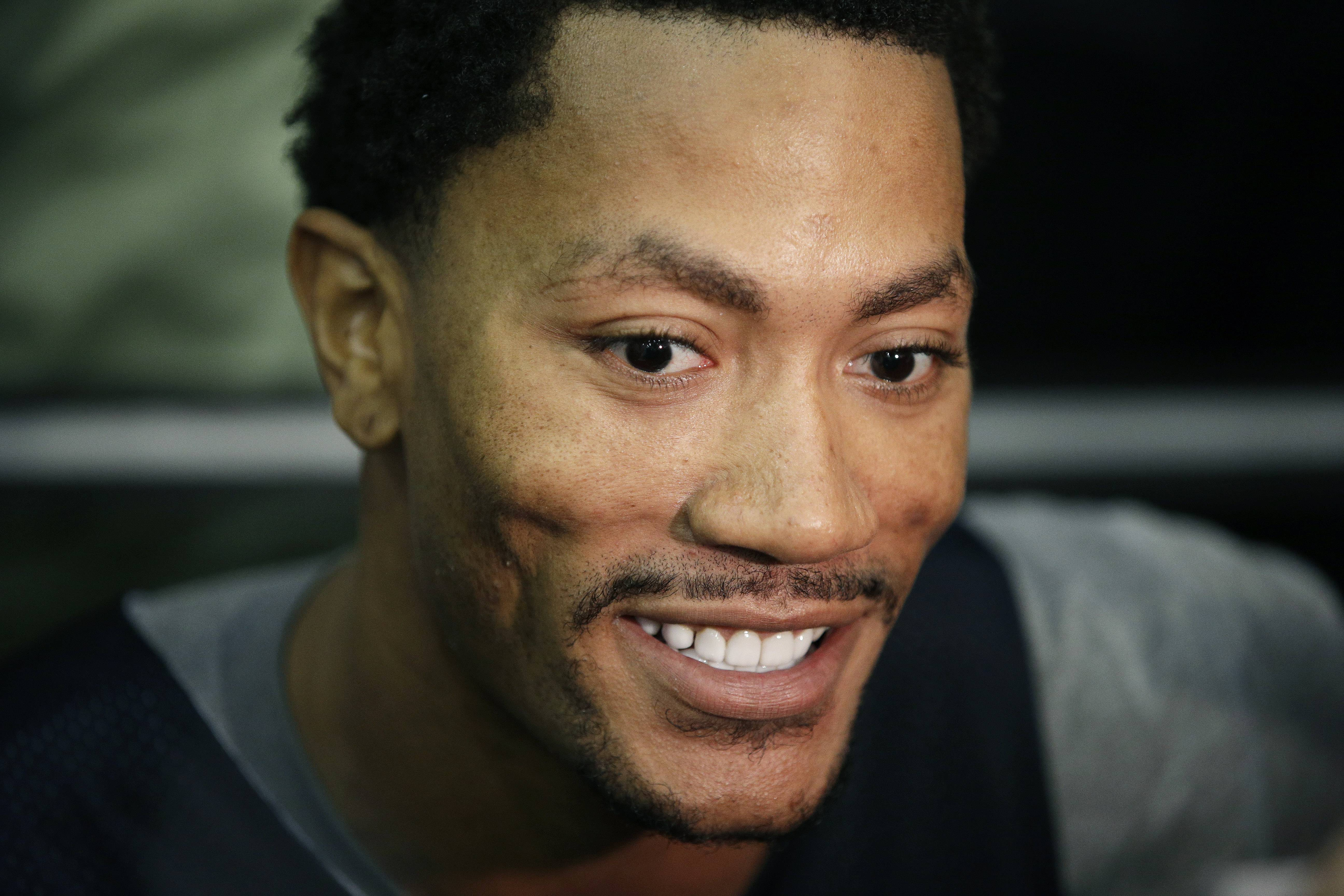 Derrick Rose and the Bulls will open the season against Carmelo Anthony and the Knicks in New York Knicks on Oct. 29.