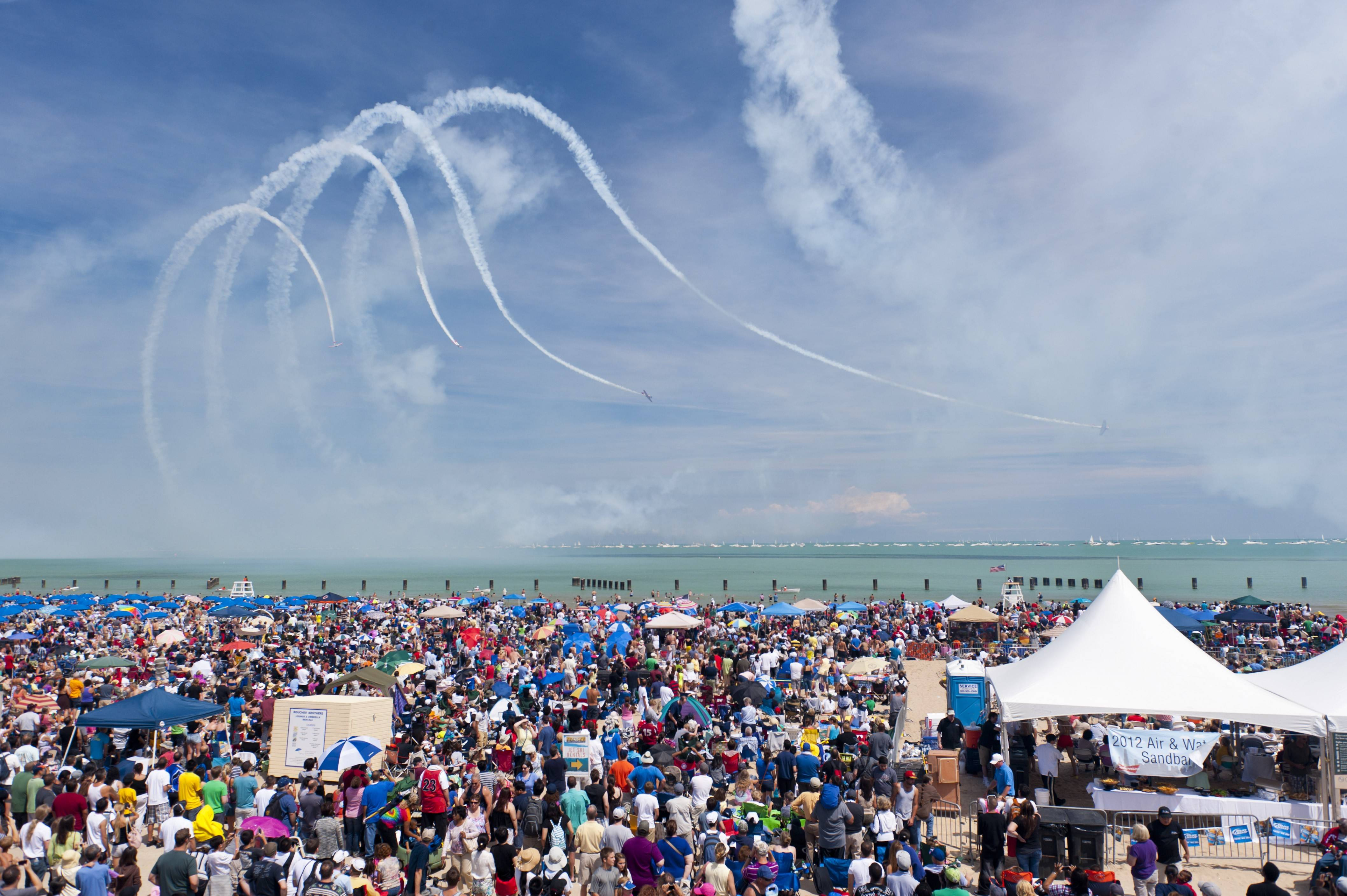 Crowds on North Avenue Beach will once again watch the formations of the AeroShell Aerobatic Team.