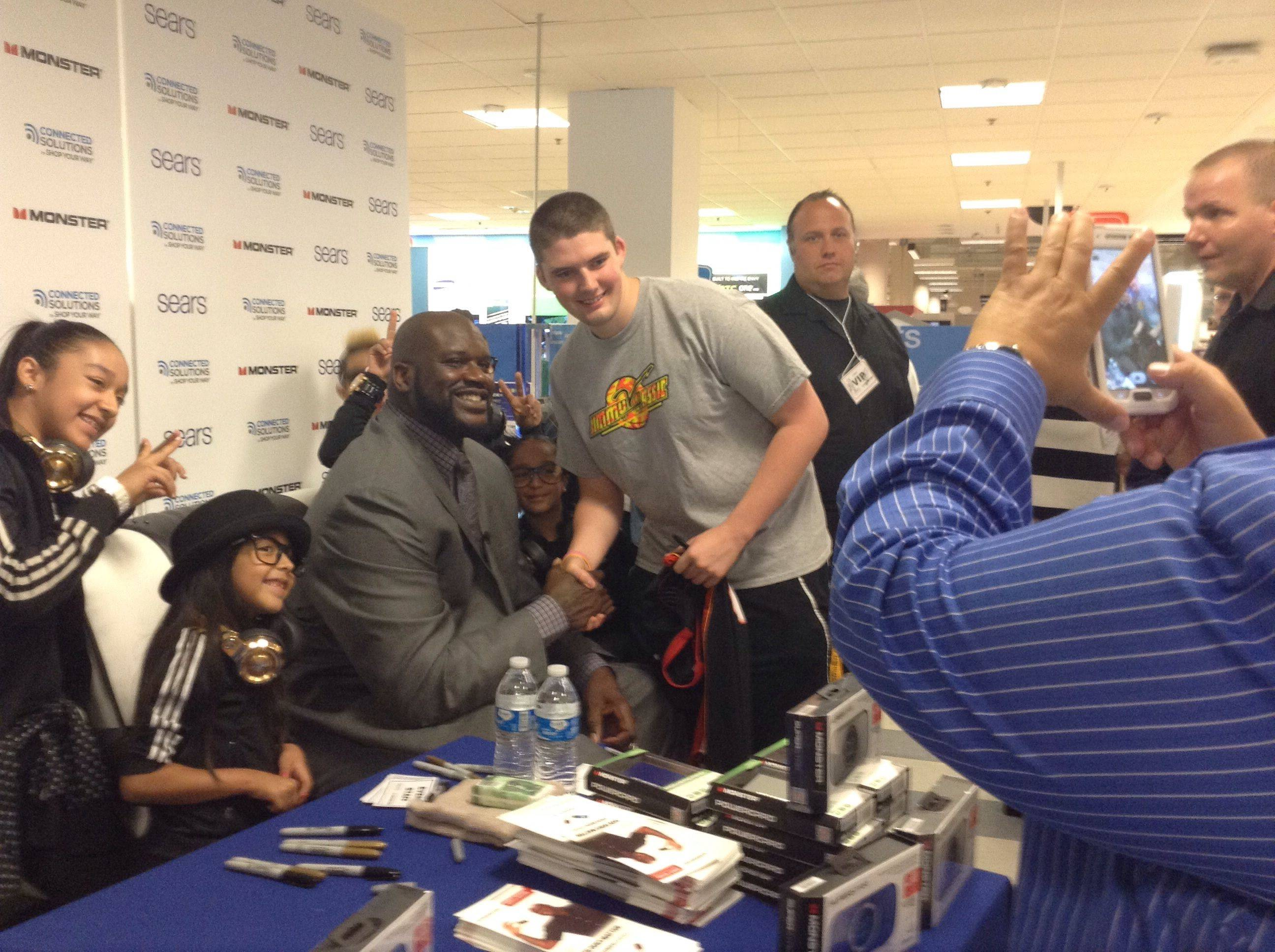 More than 200 fans waited to get an autograph and snap pictures Wednesday afternoon with former NBA star Shaquille O'Neal at the Sears store in Woodfield Mall.