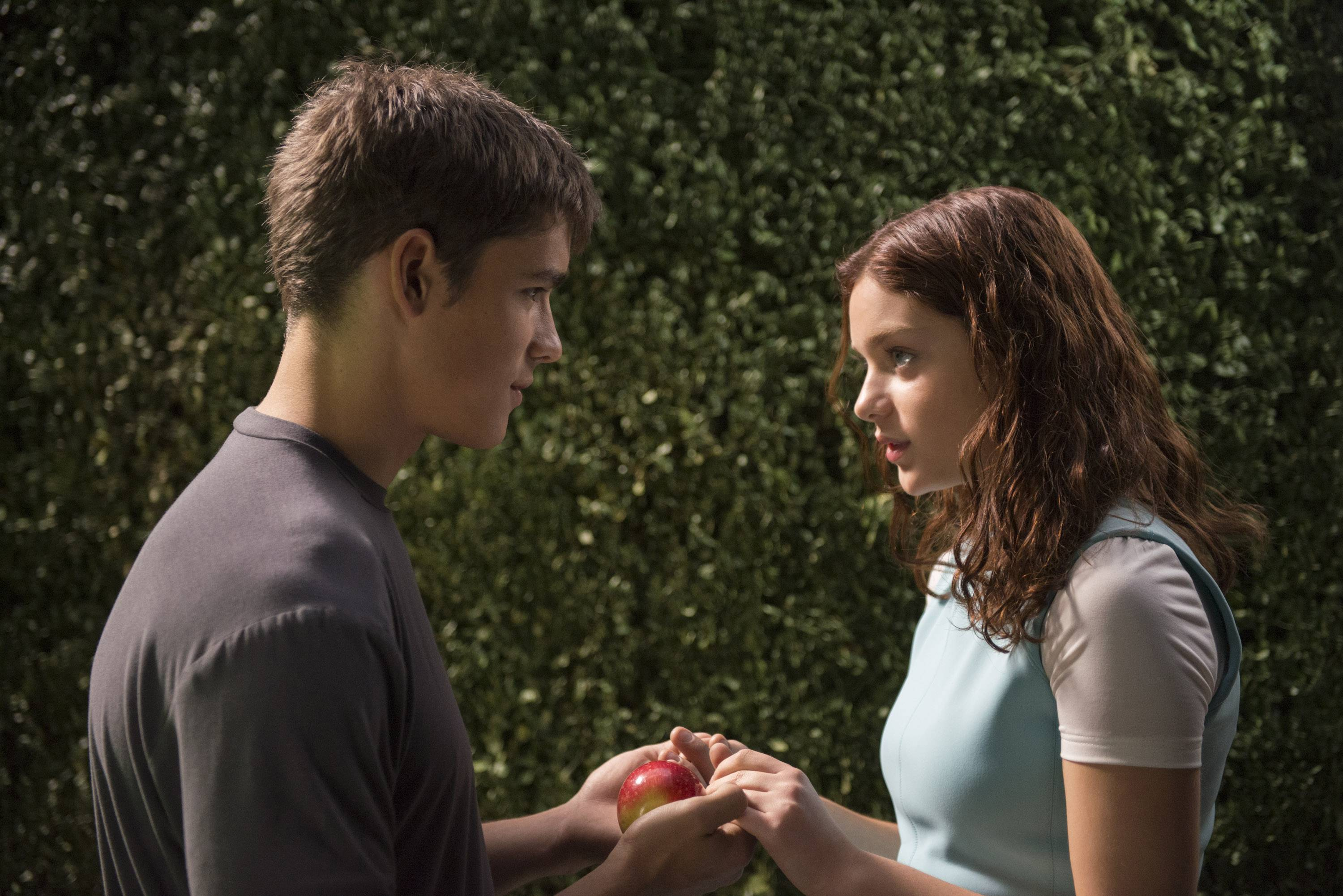 "Brenton Thwaites and Odeya Rush, stars of the new futuristic drama ""The Giver,"" sat down for a recent chat with Dann Gire."