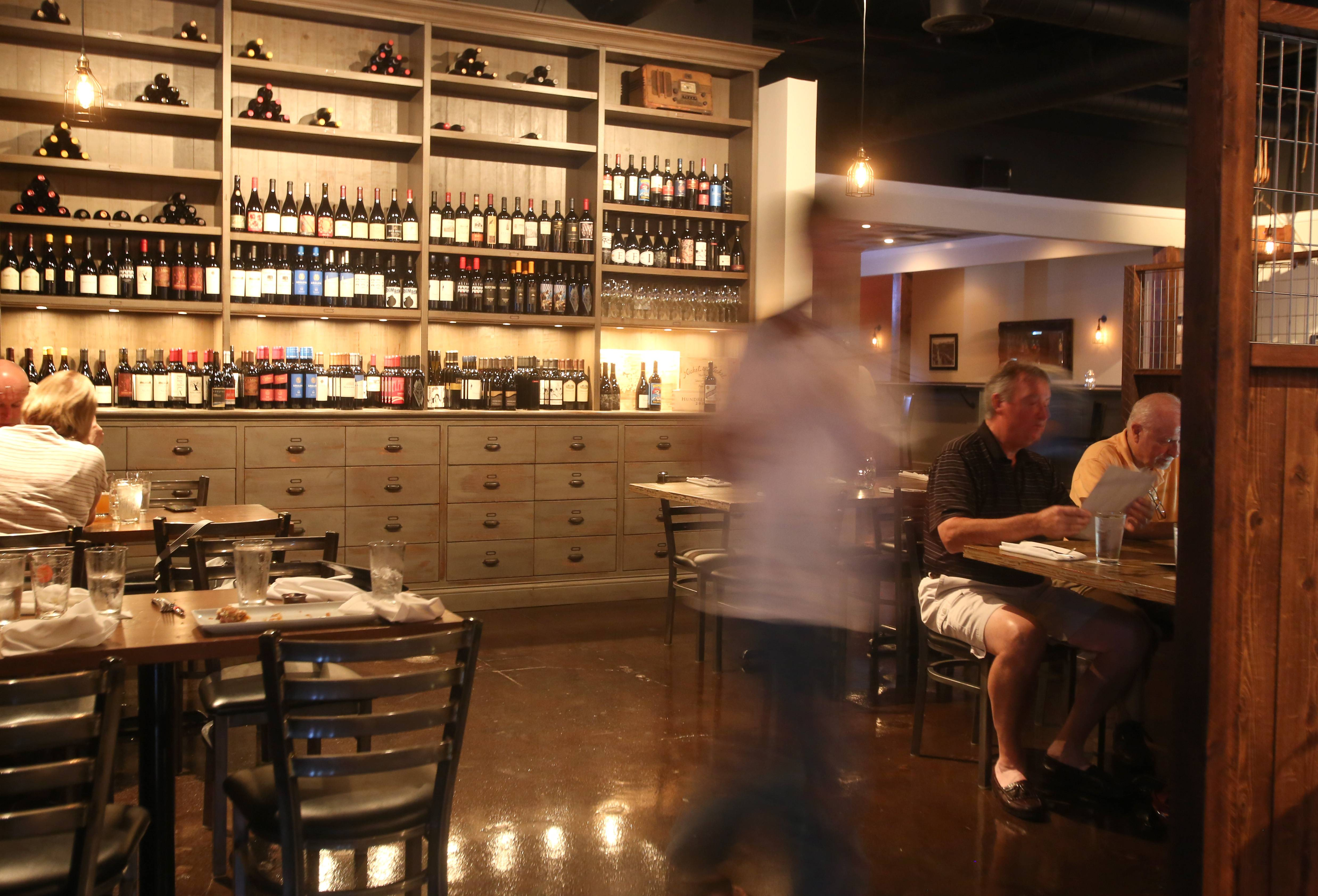 Neat Kitchen & Bar keeps it casual in Westmont.