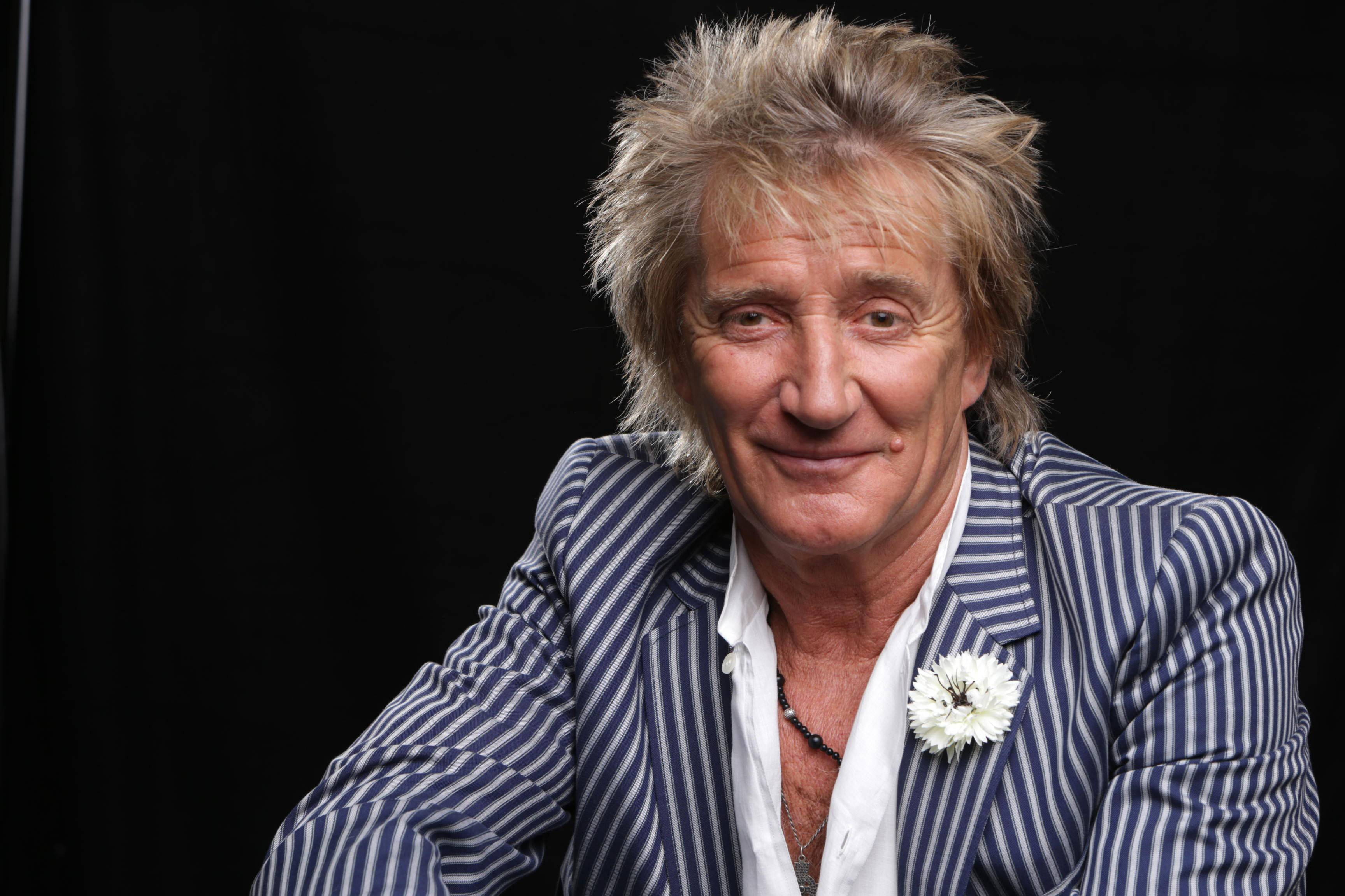 Rod Stewart plays the Allstate Arena Saturday with Santana.
