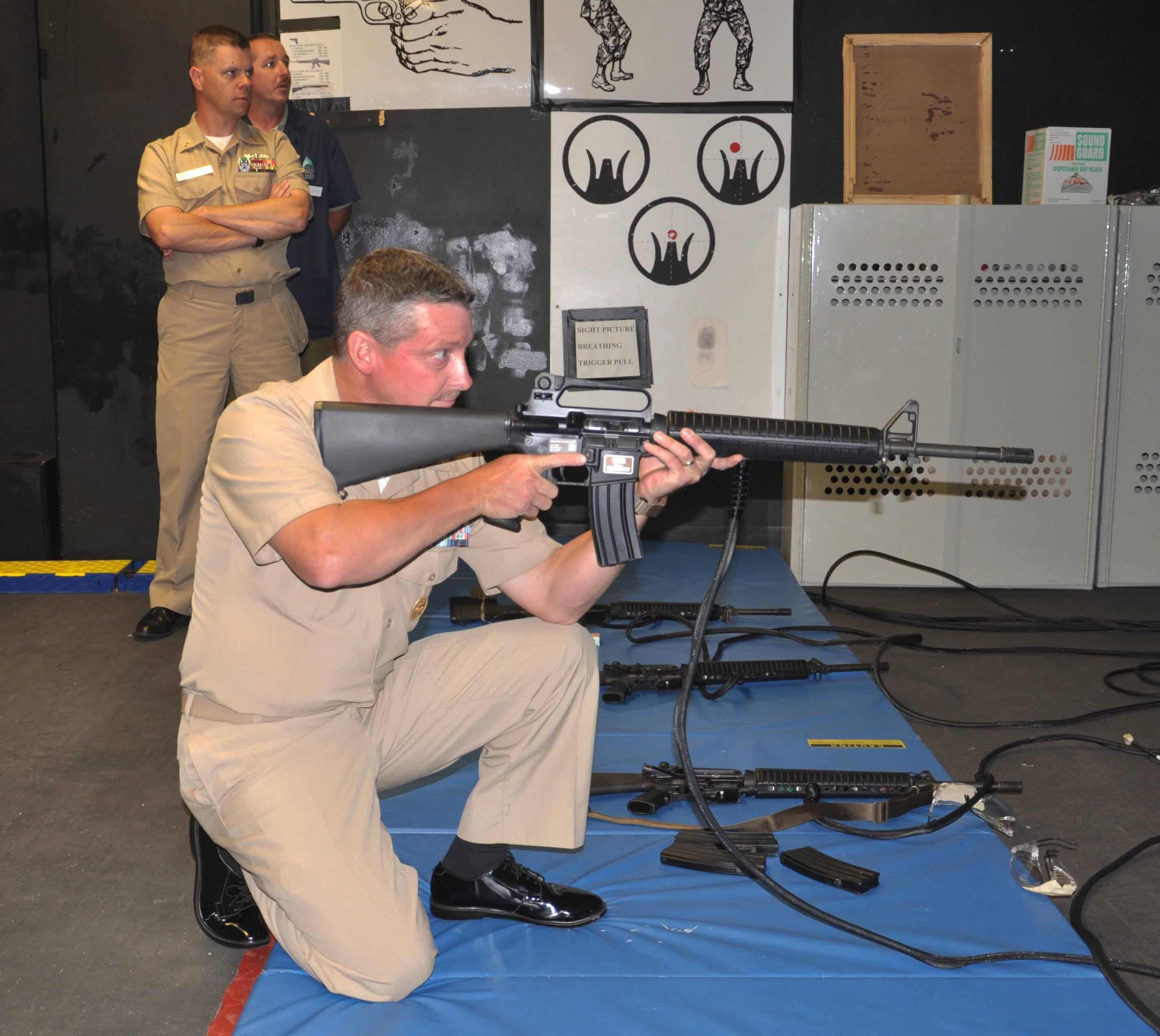 This is an example of an M-16A1 rifle, two of which were loaned to the Des Plaines Police Department by the Department of Defense and that have gone missing.