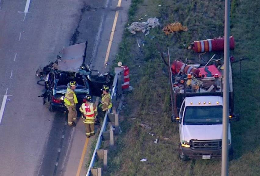 An aerial view of the early Thursday morning crash on the Elgin-O'Hare Expressway near Roselle.