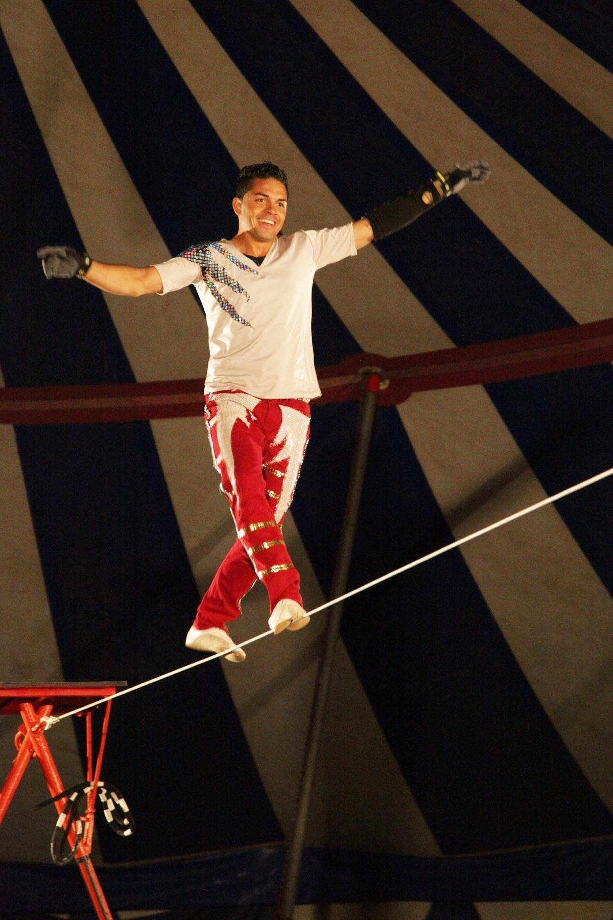 the Wheel of Destiny & Tight Rope by The Los Moralitos will perform at the Culpepper & Merriweather Circus in Hampshire.