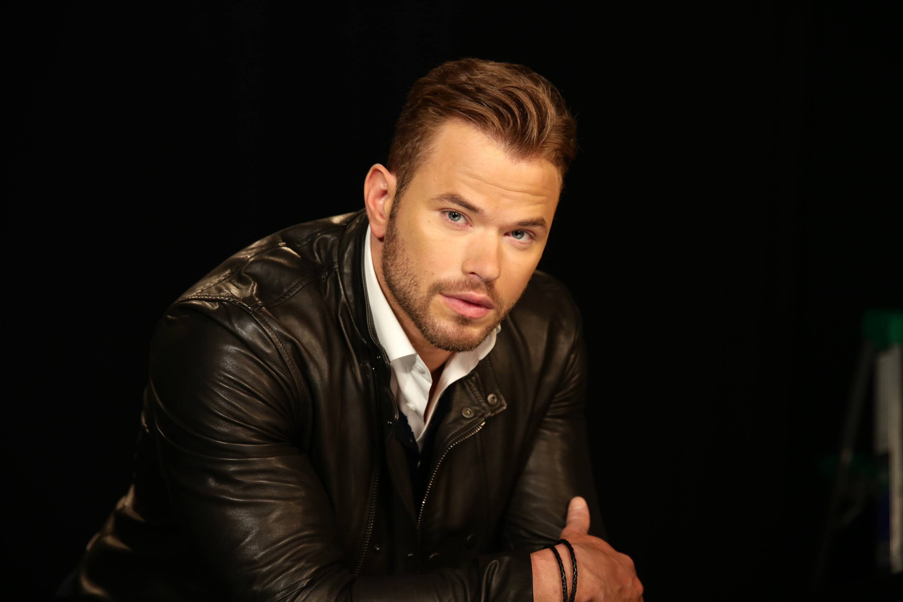 "Actor Kellan Lutz said he grew up watching Williams' movies, and always admired ""the kind of person he portrayed."""