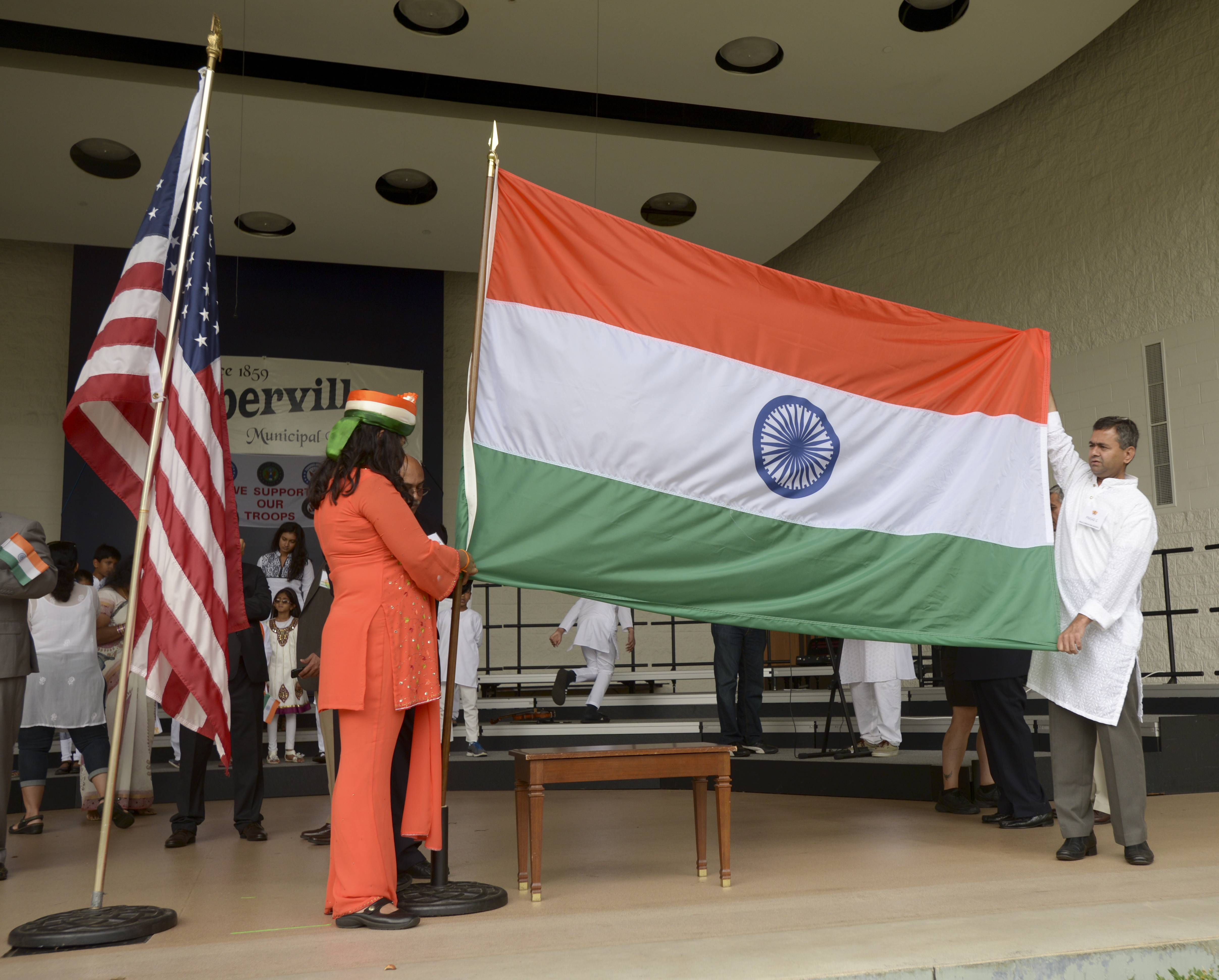The Indian flag was raised in Naperville on Sunday as hundreds of suburban residents of Indian heritage gathered to celebrate the country's independence day.