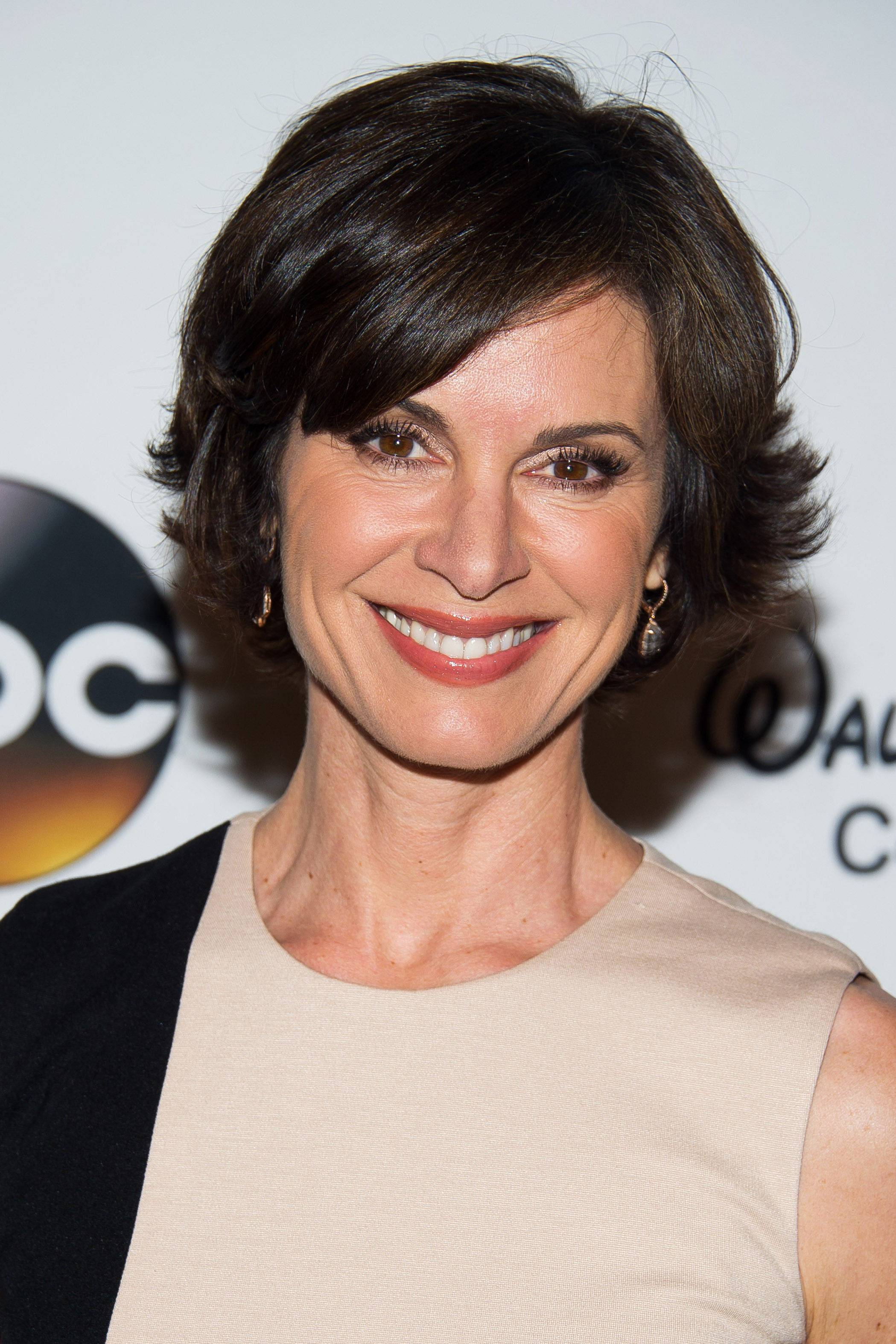 """20/20"" anchor Elizabeth Vargas said in an emailed statement Sunday that she checked into a recovery center to be treated for alcohol dependency this weekend while on vacation."