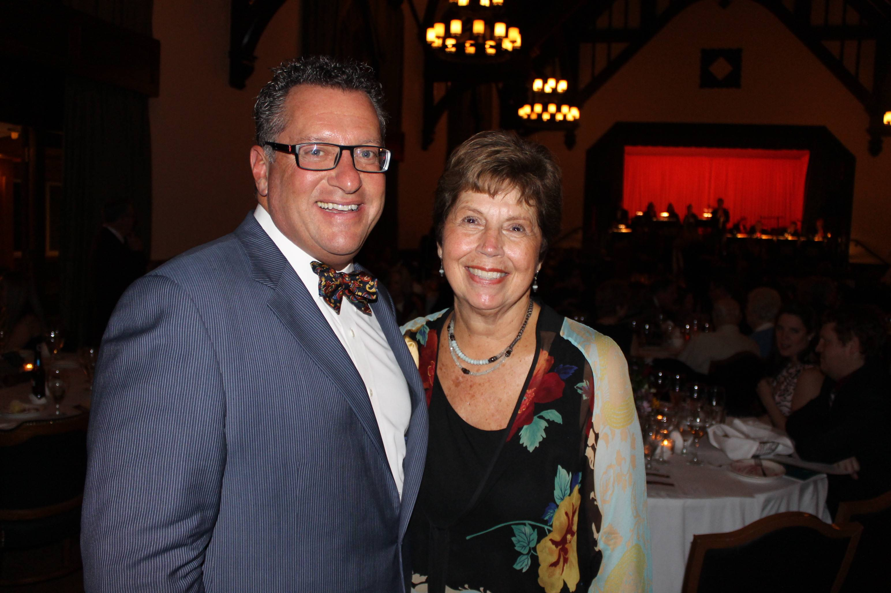 Midwest CareCenter Board Chairman Scott Vender with Honoree Dorothy Pitner HealyMidwest CareCenter