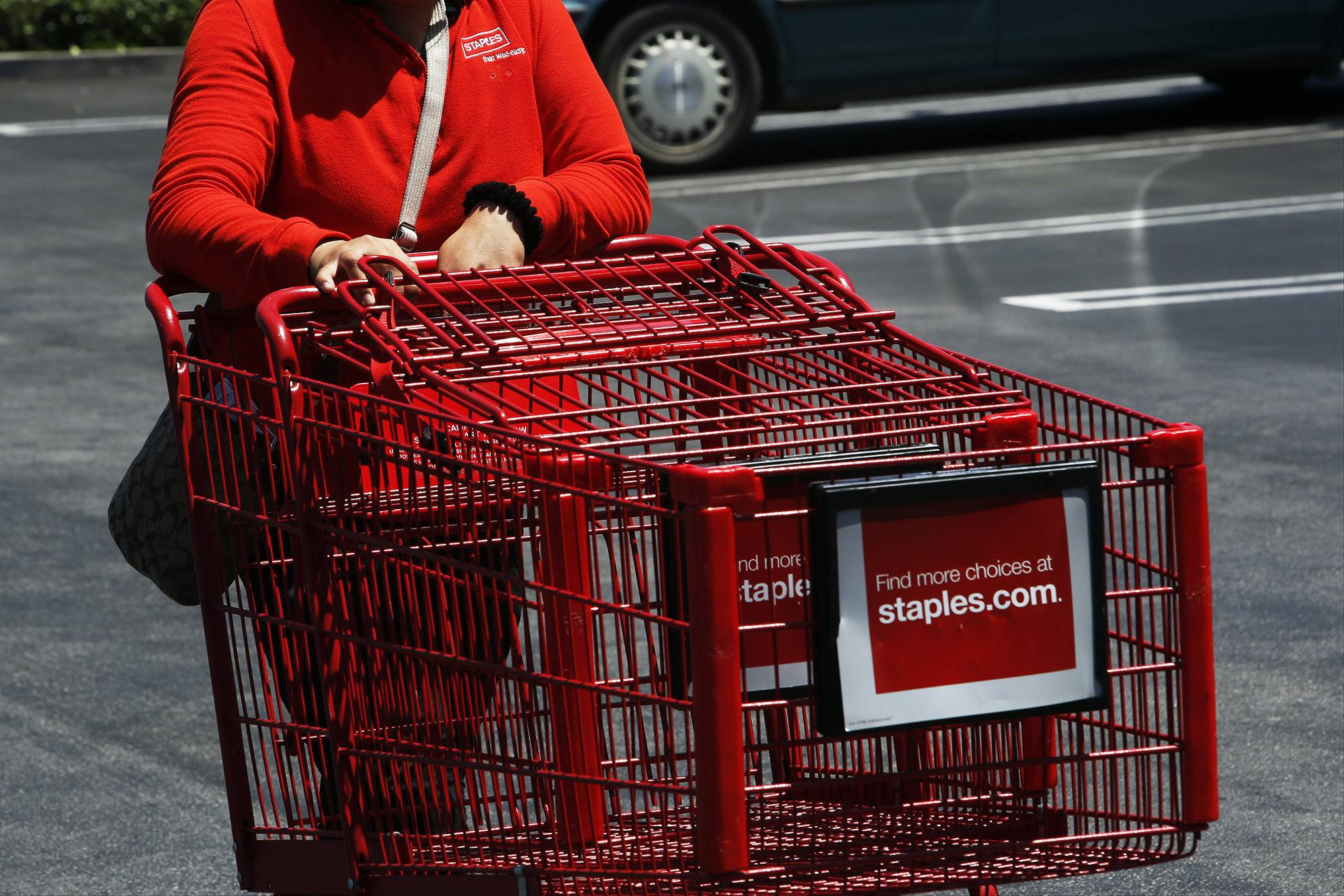 Staples Inc. plans to shut about 140 stores in North America this year as the office-supply retailer responds to online competition that has hurt sales.