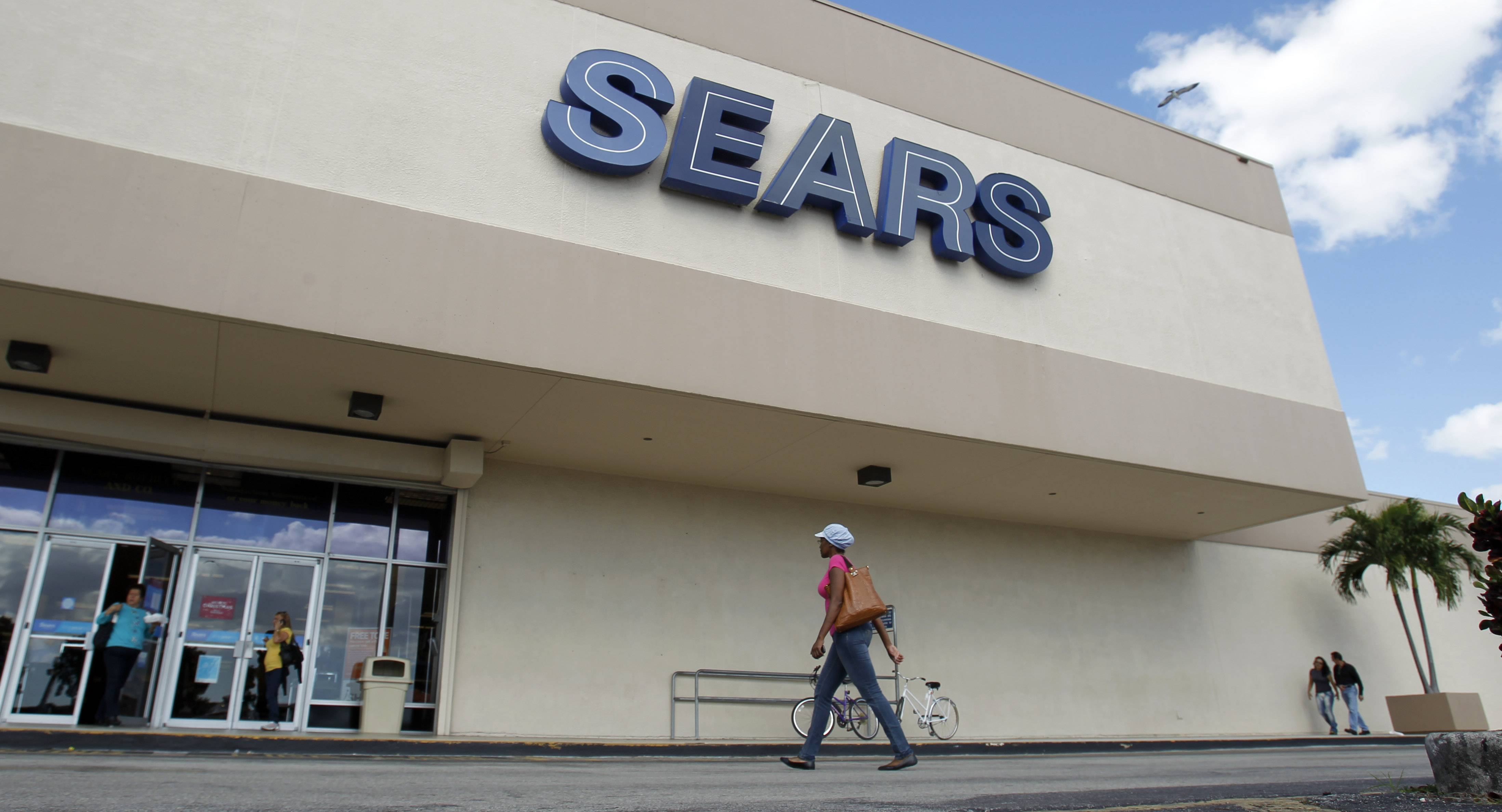 Associated Press Sears said Thursday that its second-quarter loss widened as it continues to deal with weak sales.