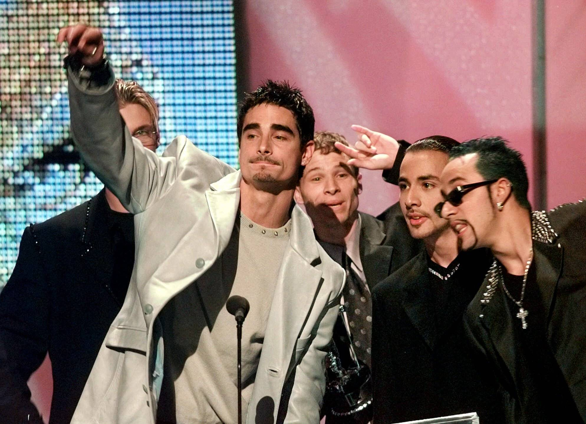 """The Backstreet Boys"" give thanks to the audience for Best Group Video during the MTV Video Music Awards in 1998."