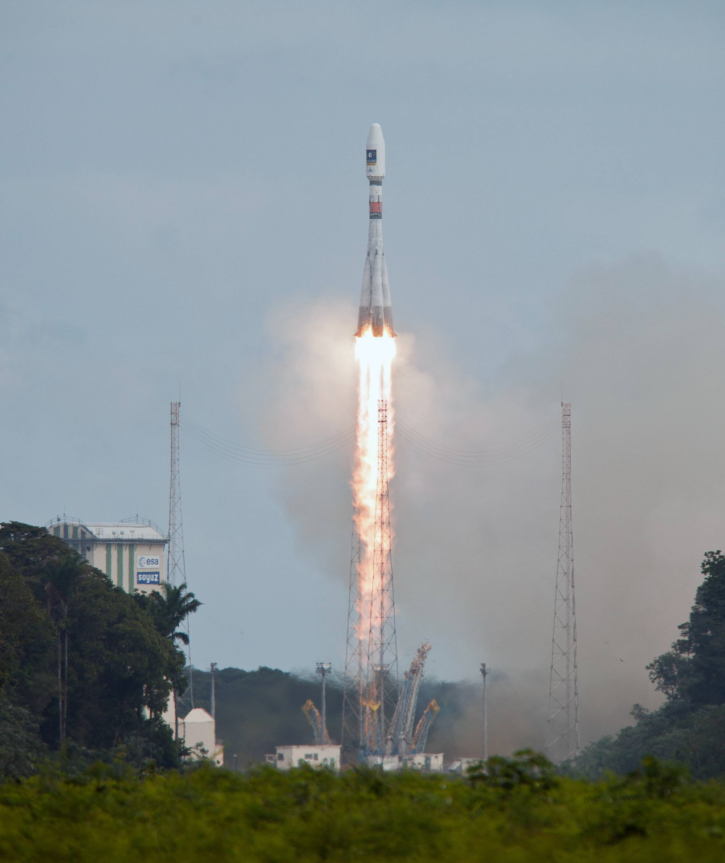Medium-lift VS07 Soyuz rocket lifts off Friday from its launching pad in Kourou, French Guiana.