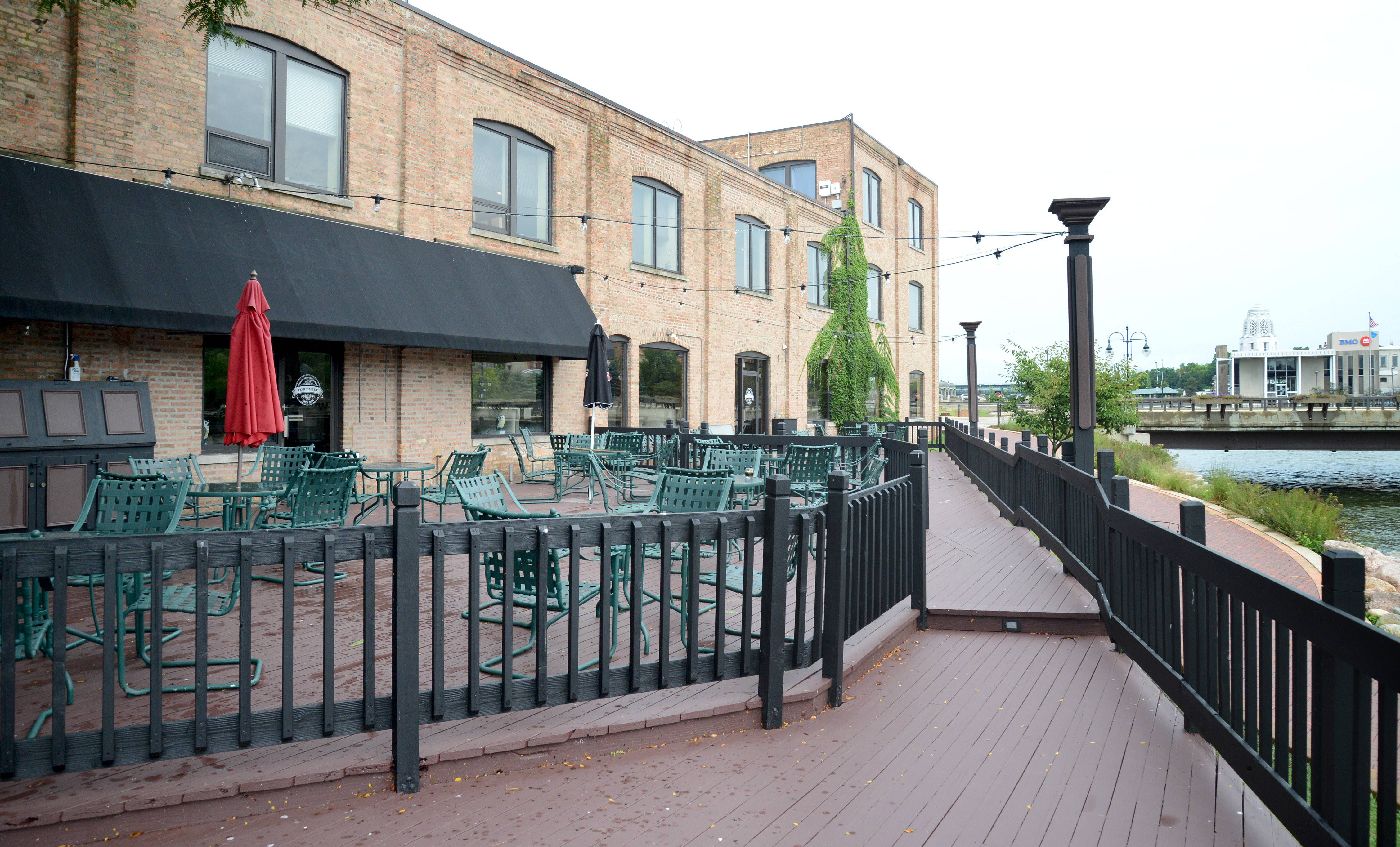 Top Table will be opening soon in the location formerly occupied by restaurants Erik & Me and Sage Bistro along the Fox River near downtown St. Charles.