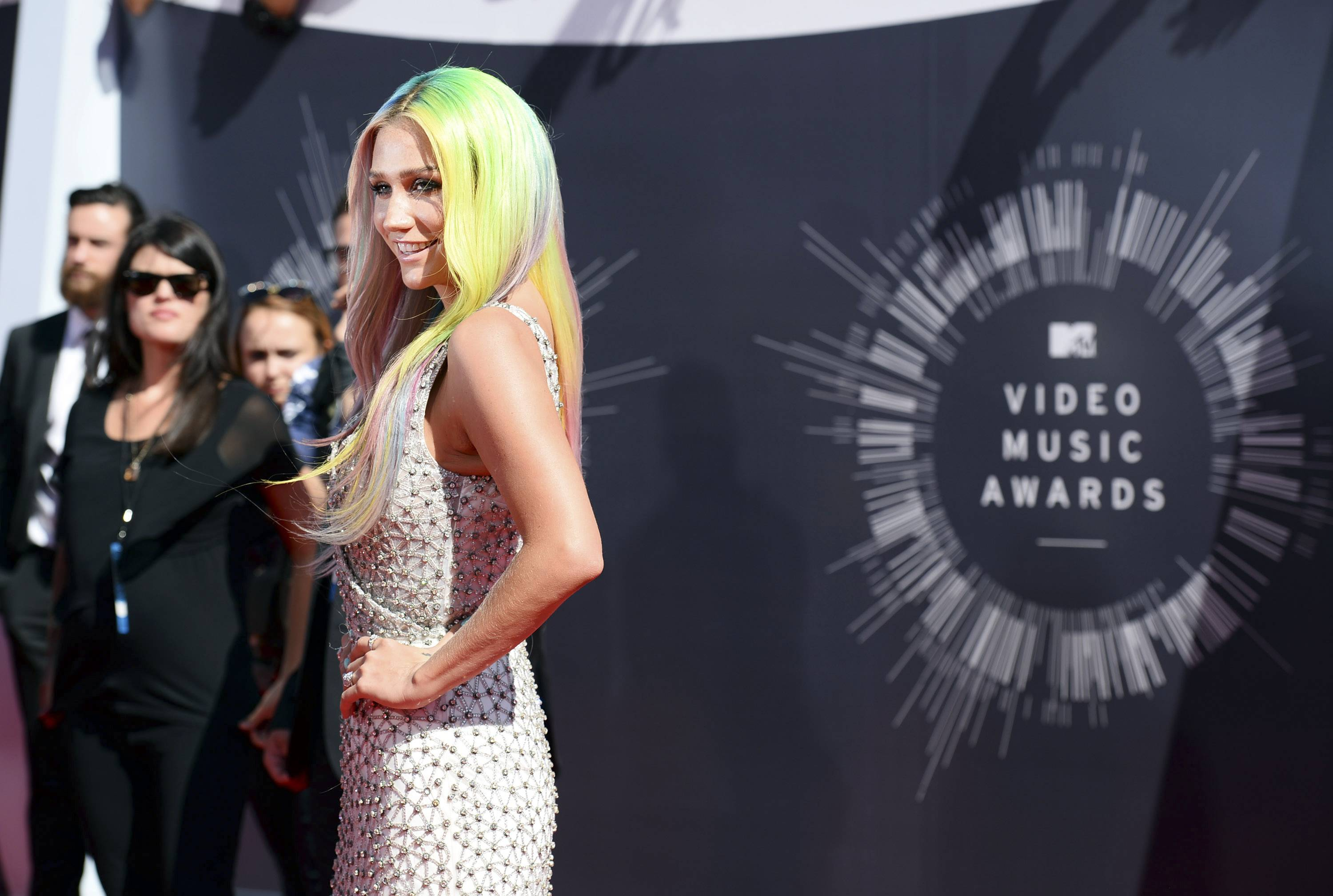 Ke$ha arrives at the MTV Video Music Awards at The Forum on Sundayin Inglewood, Calif.
