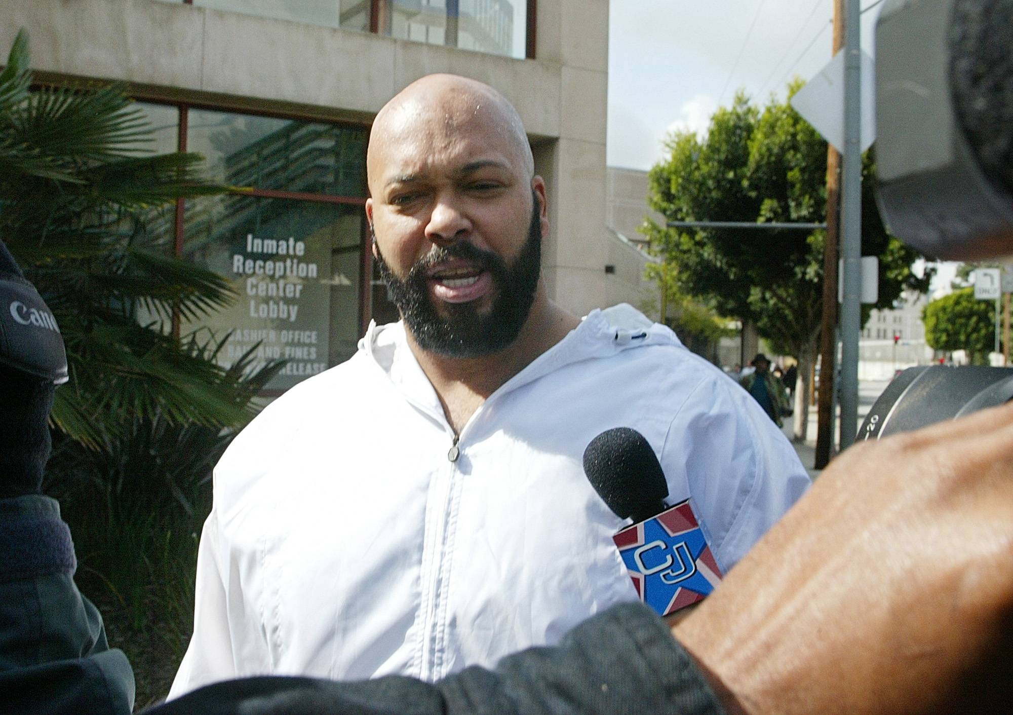 "Rap music mogul Marion ""Suge"" Knight has been injured in an early morning shooting Sunday at a West Hollywood nightclub but is expected to survive."