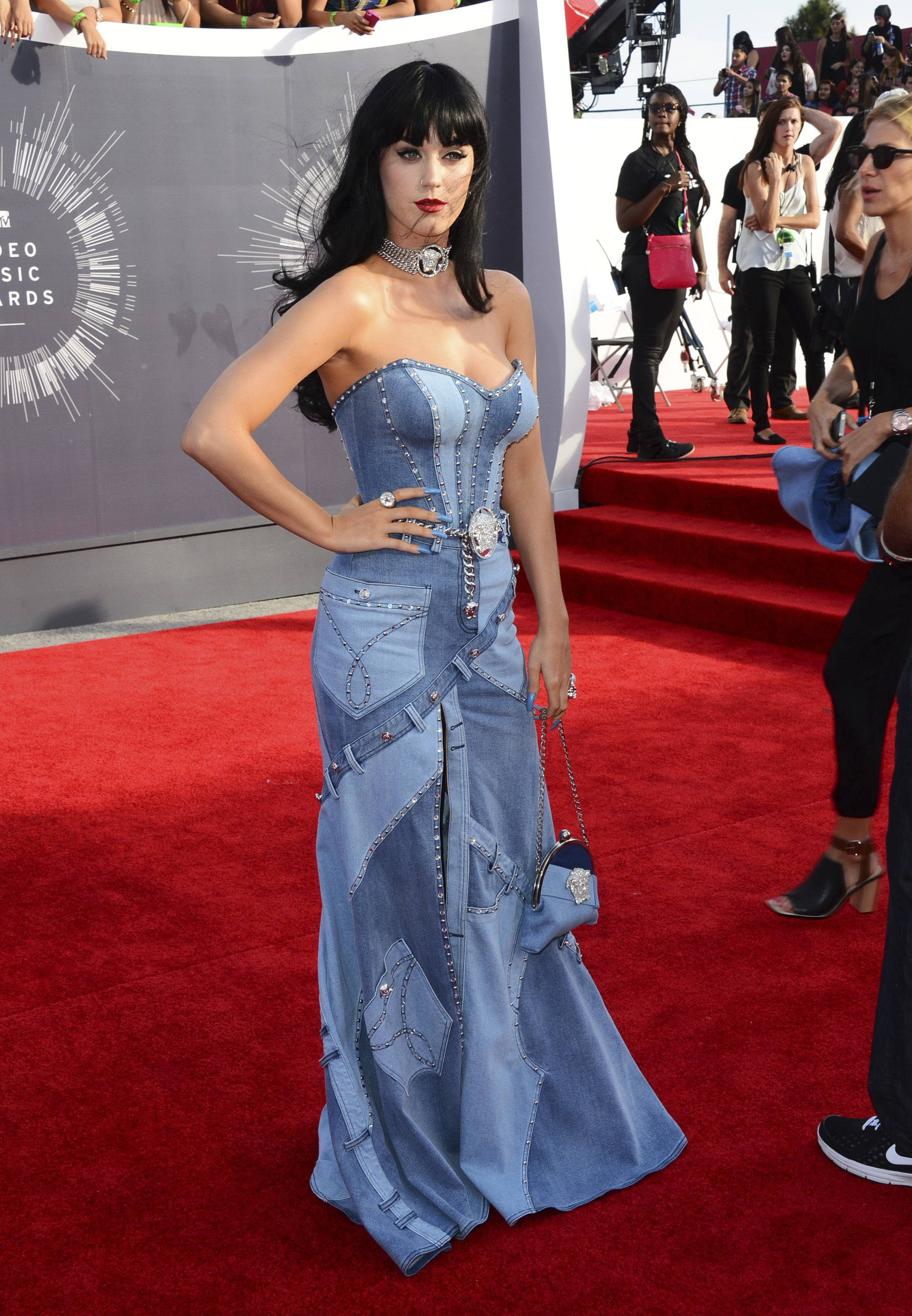 Katy Perry sports a denim ensemble on the red carpet at MTV Video Music Awards.