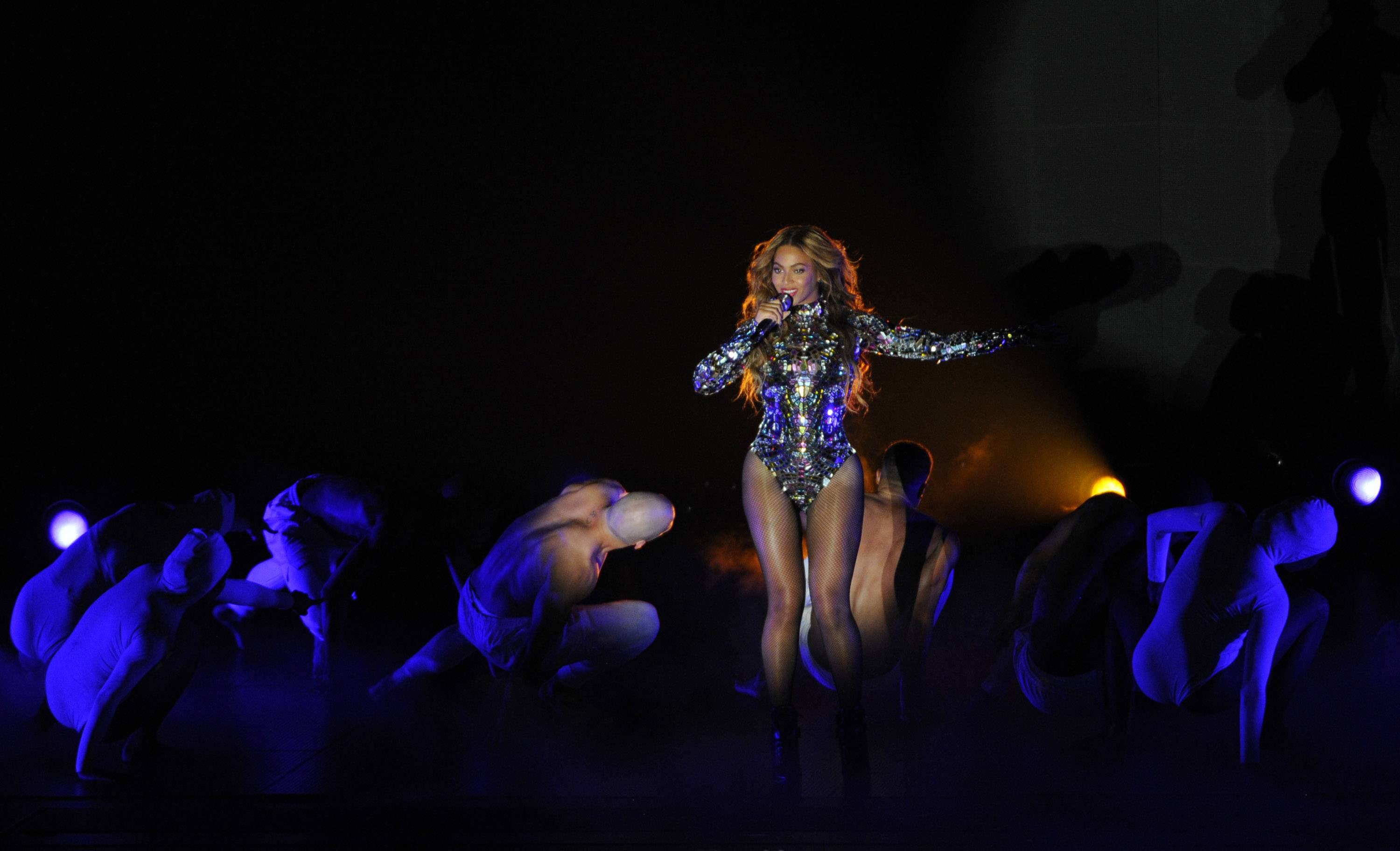 Beyonce performs during her 20-minute set Sunday at the MTV Video Music Awards.