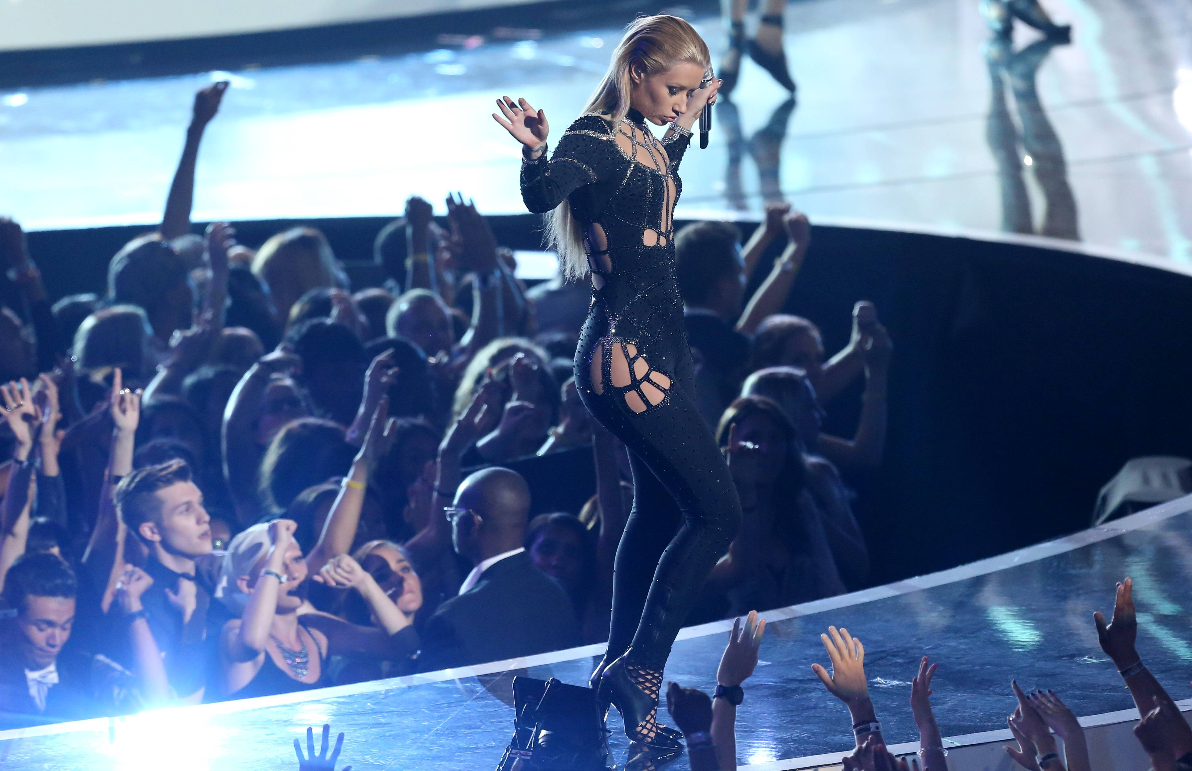 Iggy Azalea performs at the MTV Video Music Awards.