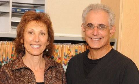 Dr. Laren J. Garfield and his wife Marlene run a dental practice in Buffalo Grove.