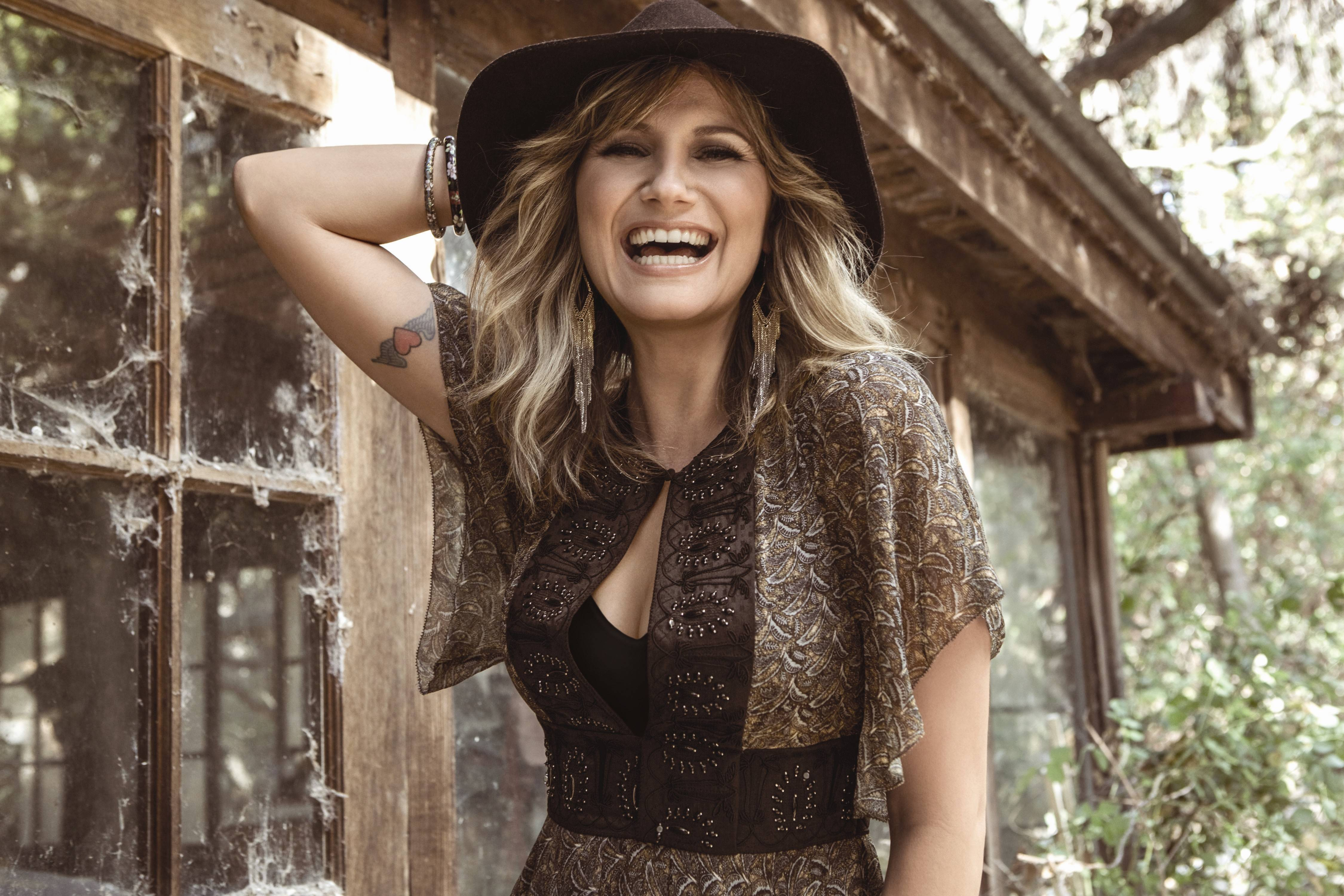 Jennifer Nettles brings her That Girl Tour to RiverEdge Park in Aurora on Friday, Aug. 29.